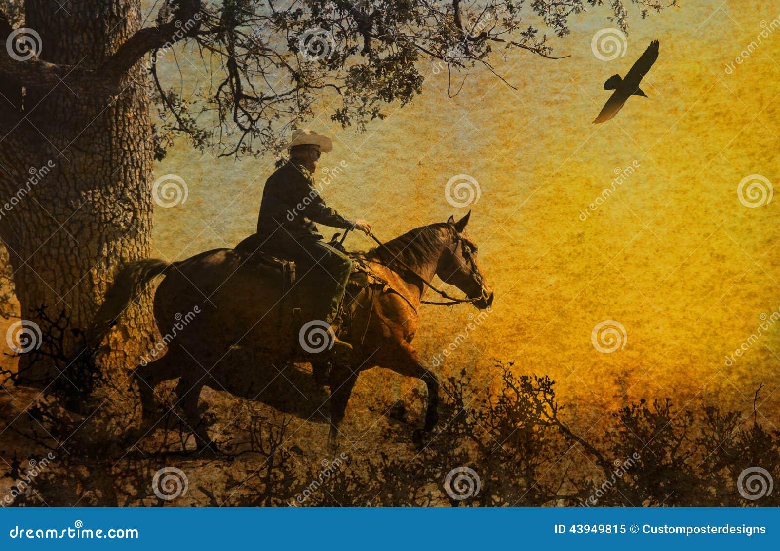 Een abstracte cowboy die op de bergen met bomen, kraaien hierboven en een geweven waterverf gele achtergrond die vliegen berijden