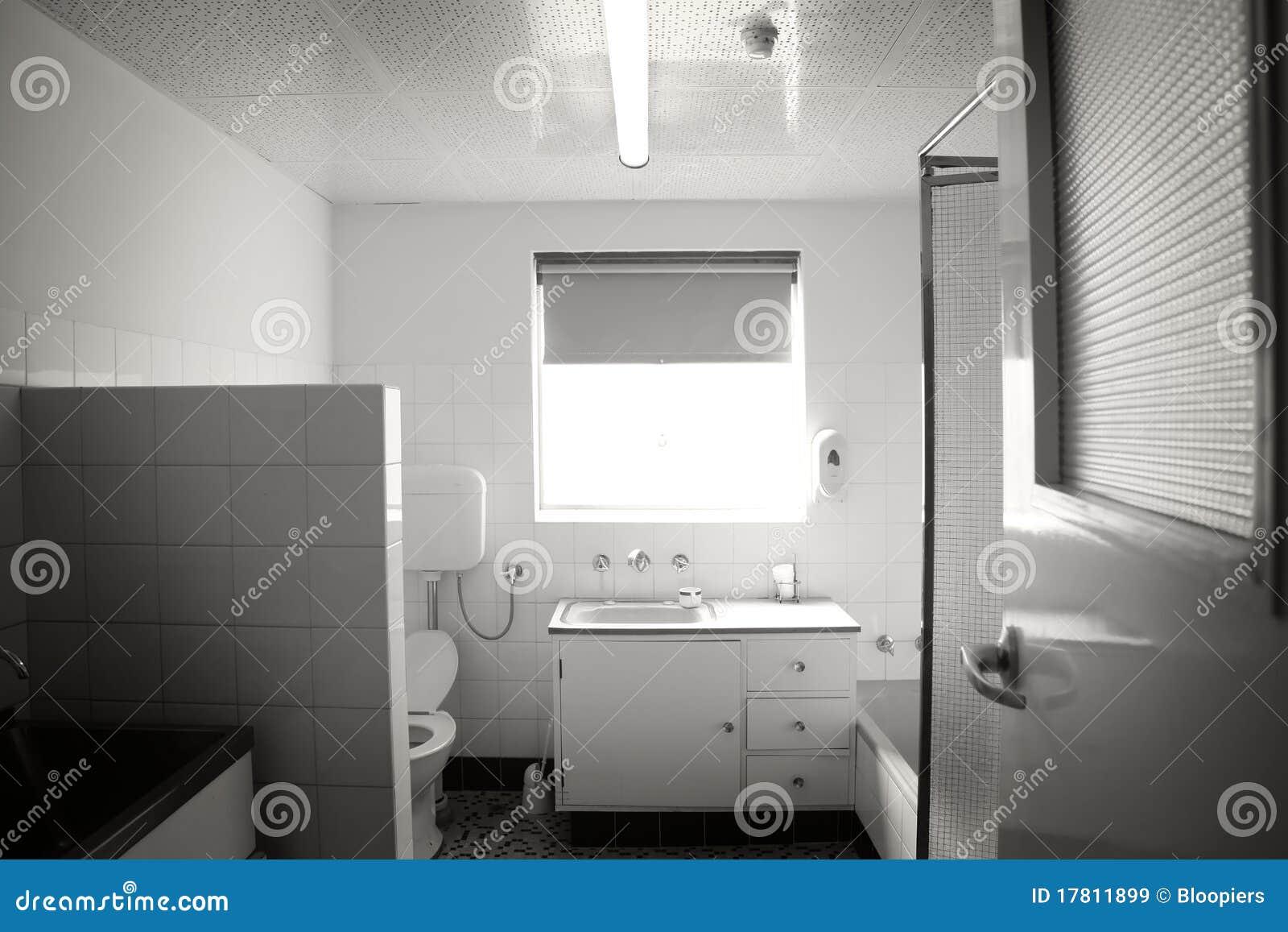 Een andere oude badkamers royalty vrije stock afbeeldingen afbeelding 17811899 - Oude badkamer ...