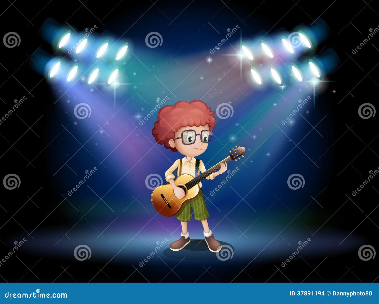 Een begaafde tiener in het midden van het stadium met een gitaar