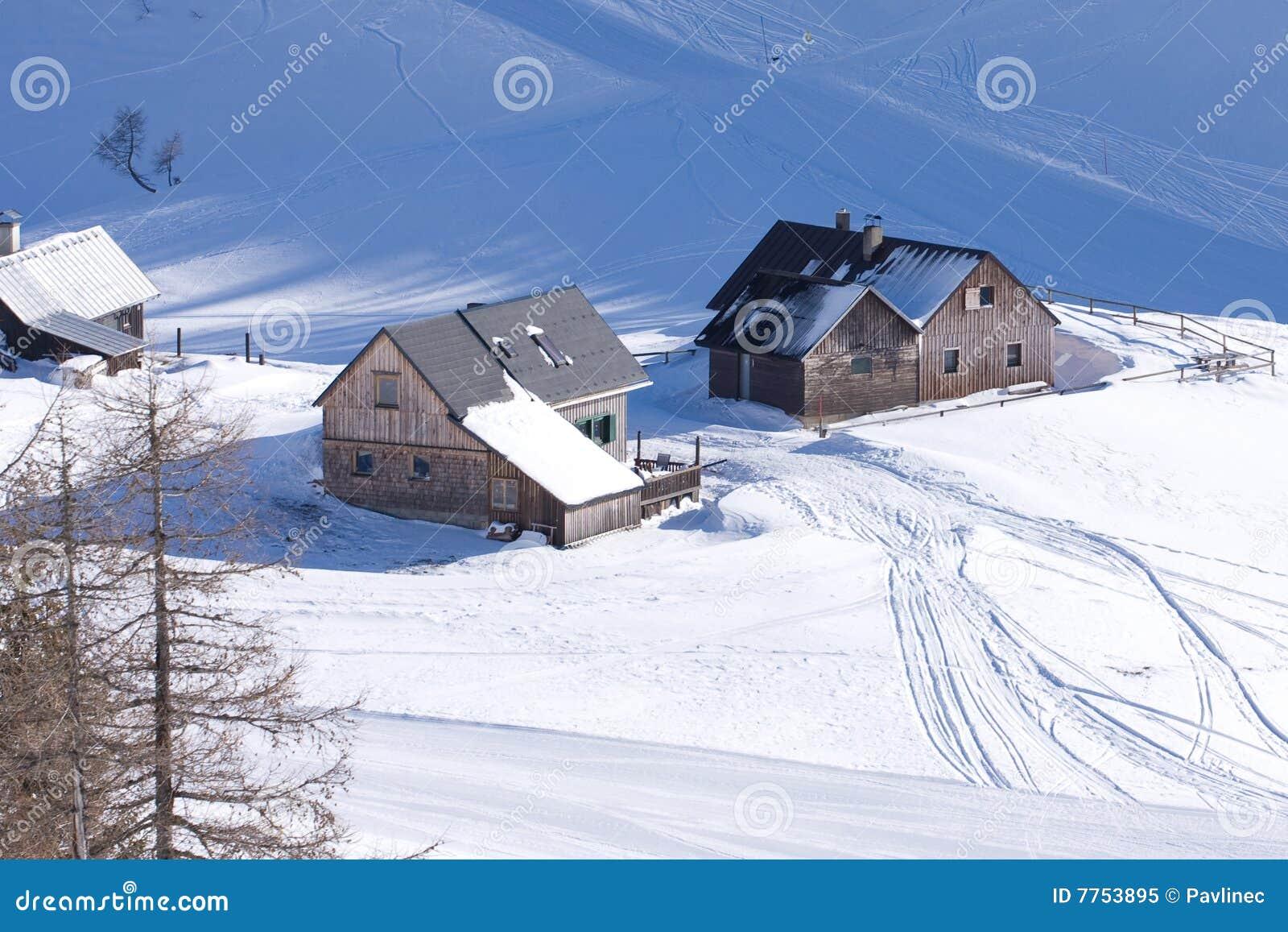 Een berghut stock afbeelding afbeelding bestaande uit comfortabel 7753895 - Berghut foto ...