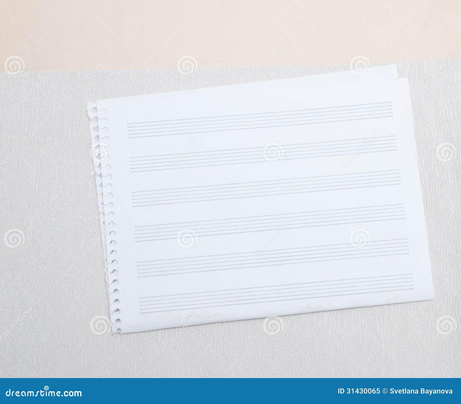 Een blanco pagina van bladmuziek met besliste hand getrokken lijnen royalty vrije stock foto - Poel van blanco hoek ...