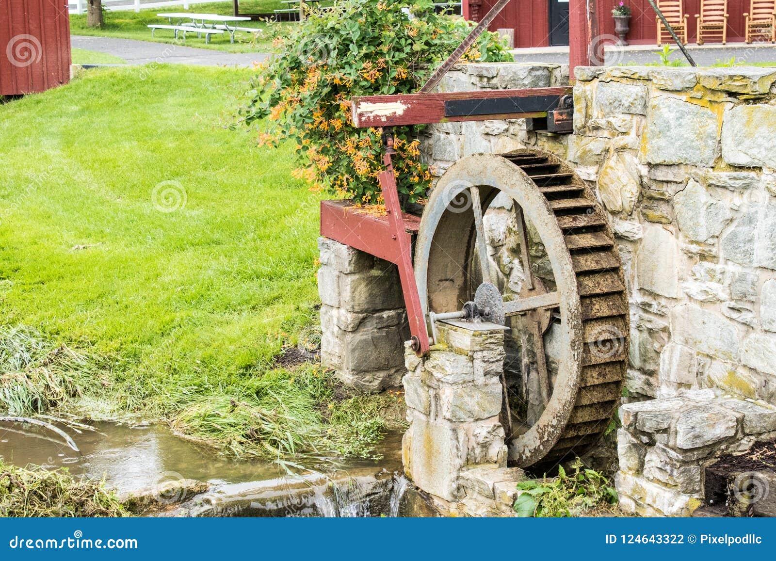 Een glimp van traditionele levensstijl in het Amish-Dorp, Pennsylvania