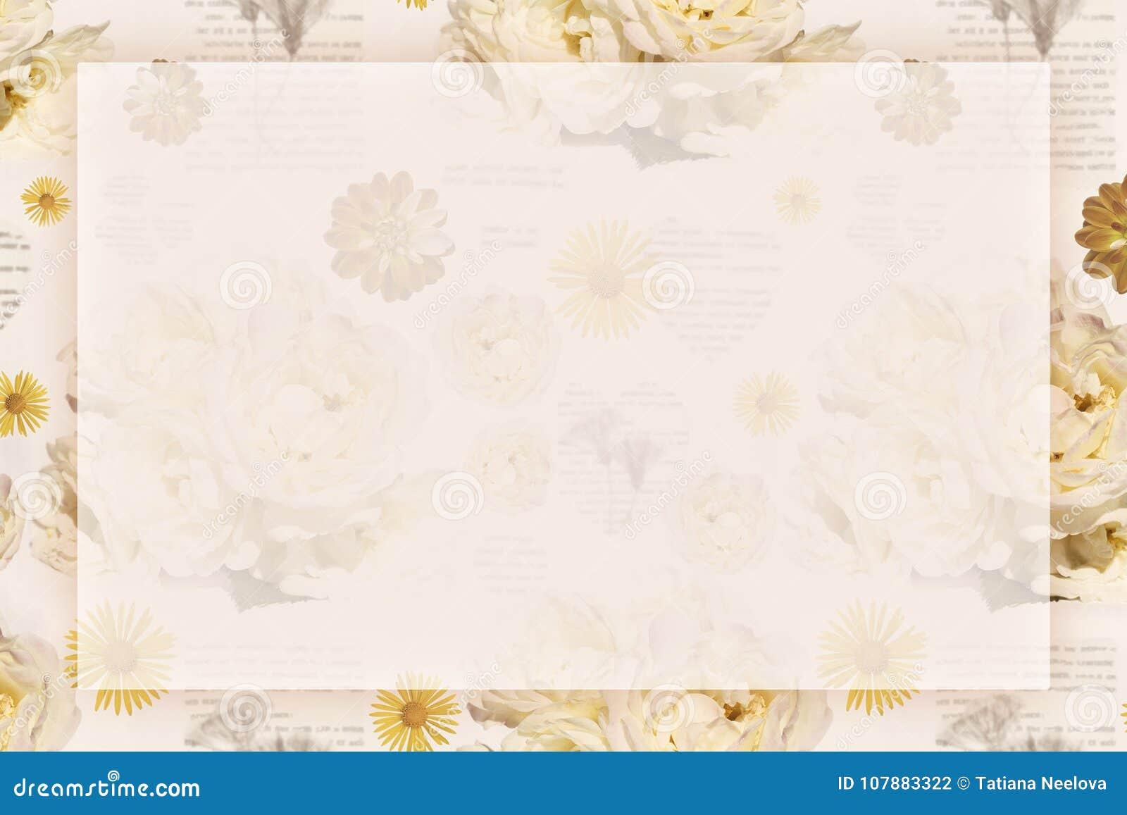 Een groetkaart met tedere romantische uitstekende achtergrond met rozen voor Valentijnskaartendag, verjaardag of huwelijk Plaats