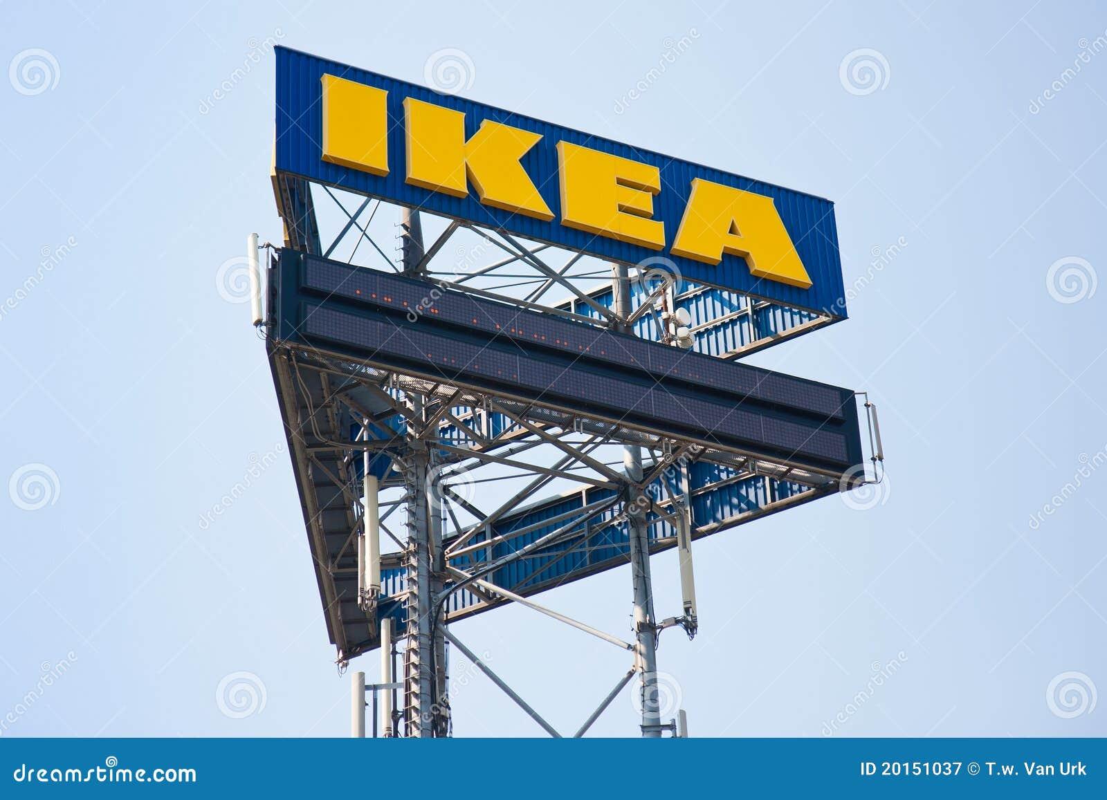 Een groot aanplakbord van IKEA