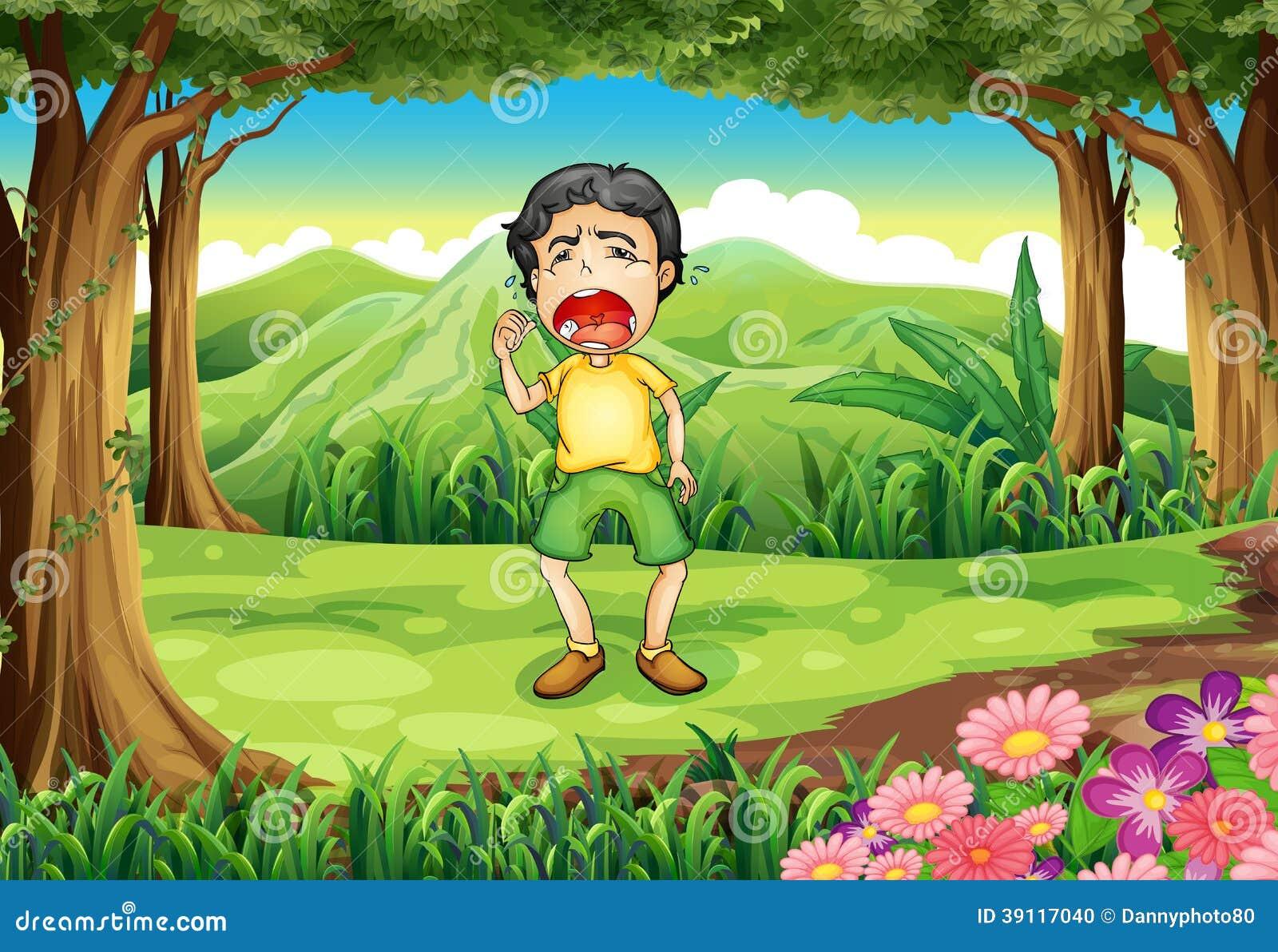 Een jongen die bij het hout schreeuwen