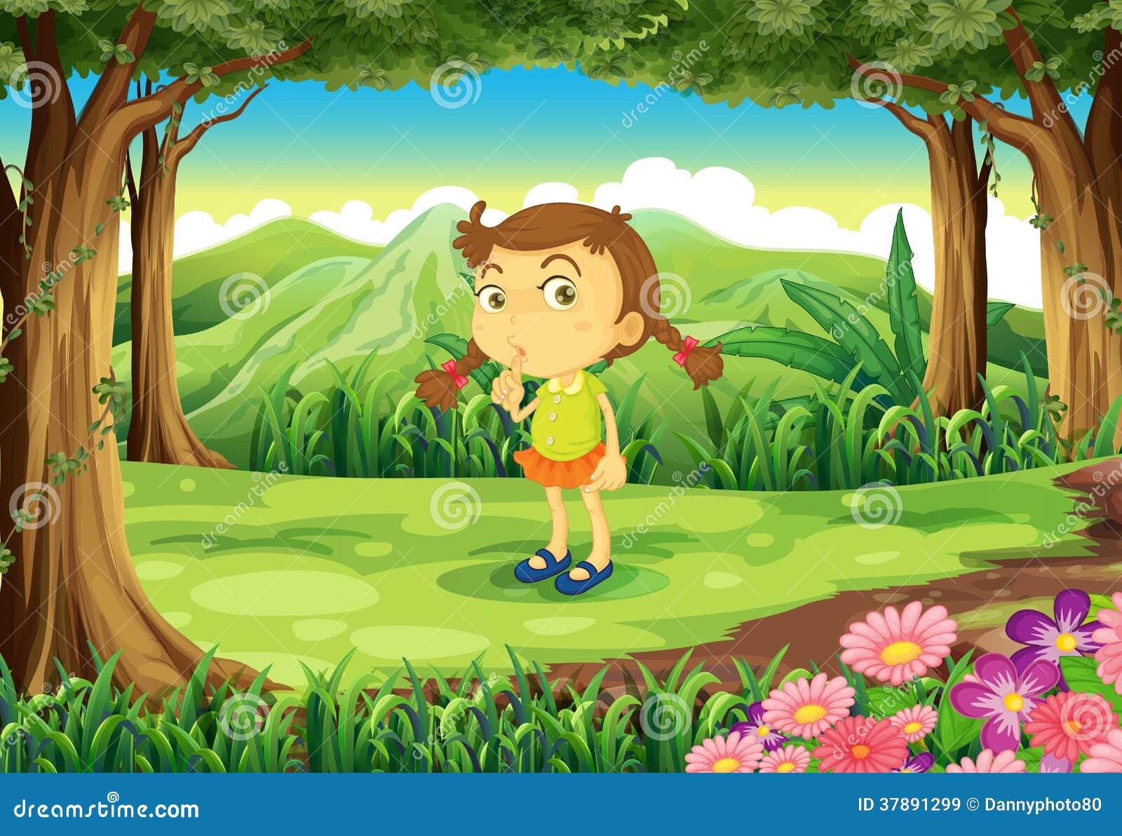 Een leuk meisje bij het bos