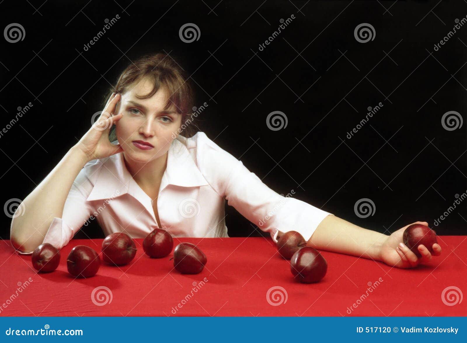 Een meisje en de appelen