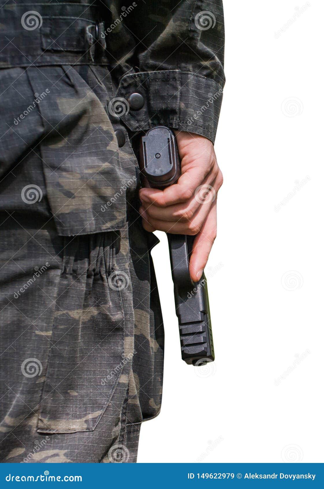 Een mens houdt een kanon Close-up op een witte achtergrond Achter mening