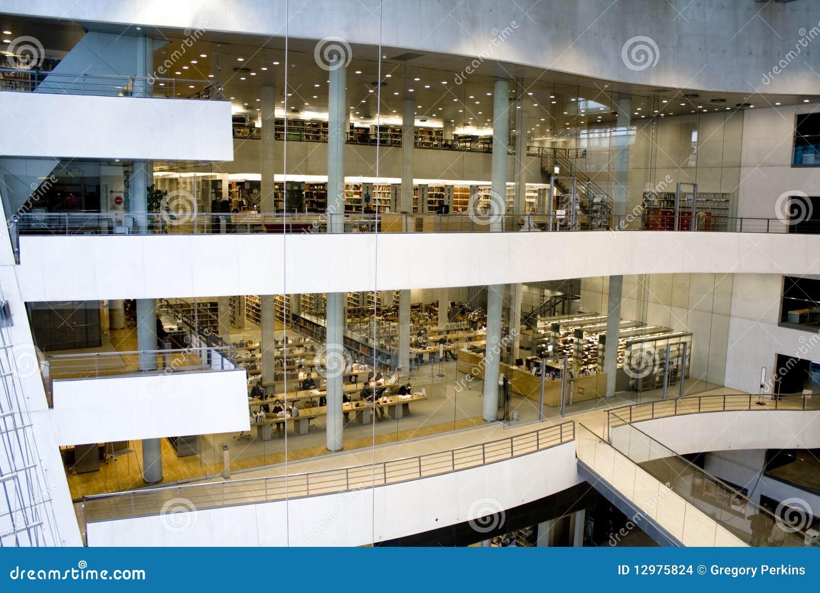 Een moderne bibliotheek de koninklijke bibliotheek kopenhagen redactionele stock afbeelding - Moderne bibliotheek ...