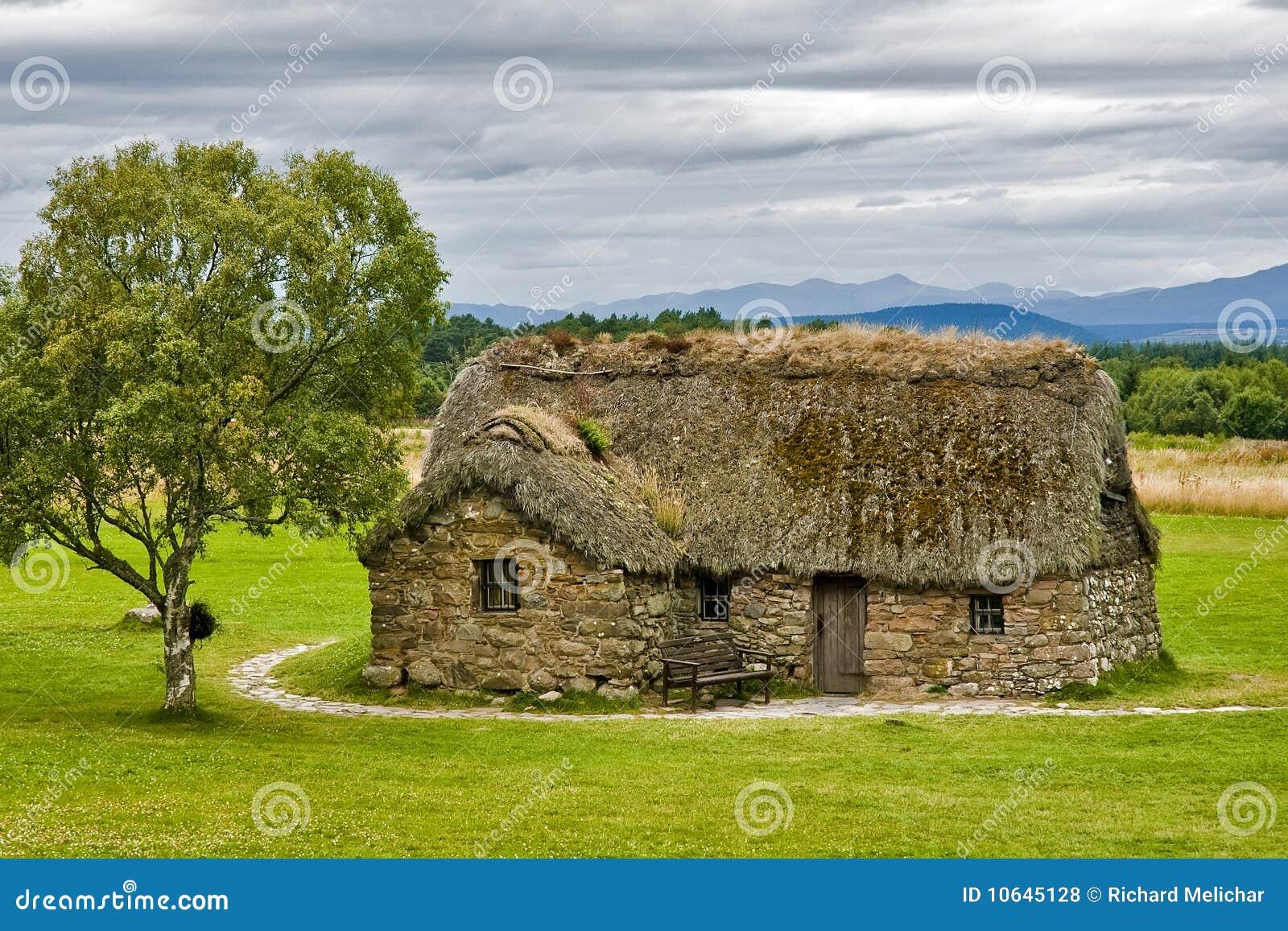Een oud schots huis royalty vrije stock foto 39 s afbeelding 10645128 - Oud huis ...