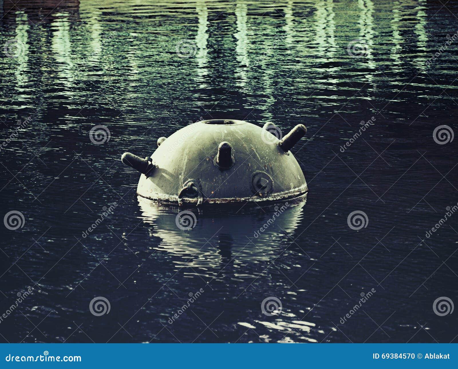 Een oude zeemijn