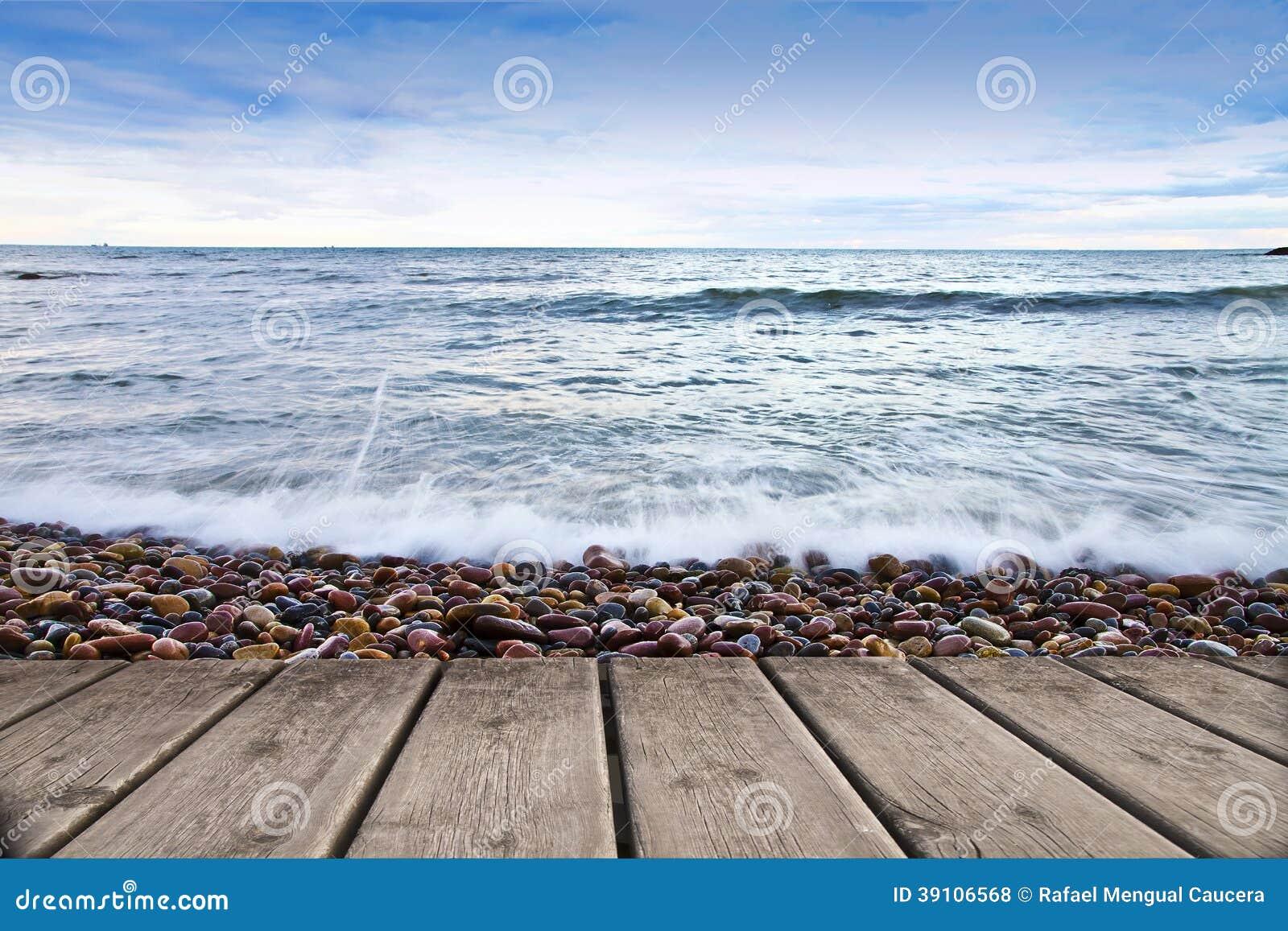 Een pijler tegen het overzees