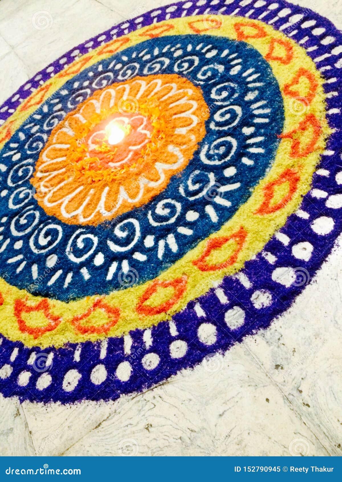 Een rangoli-Kleurrijke Ingang