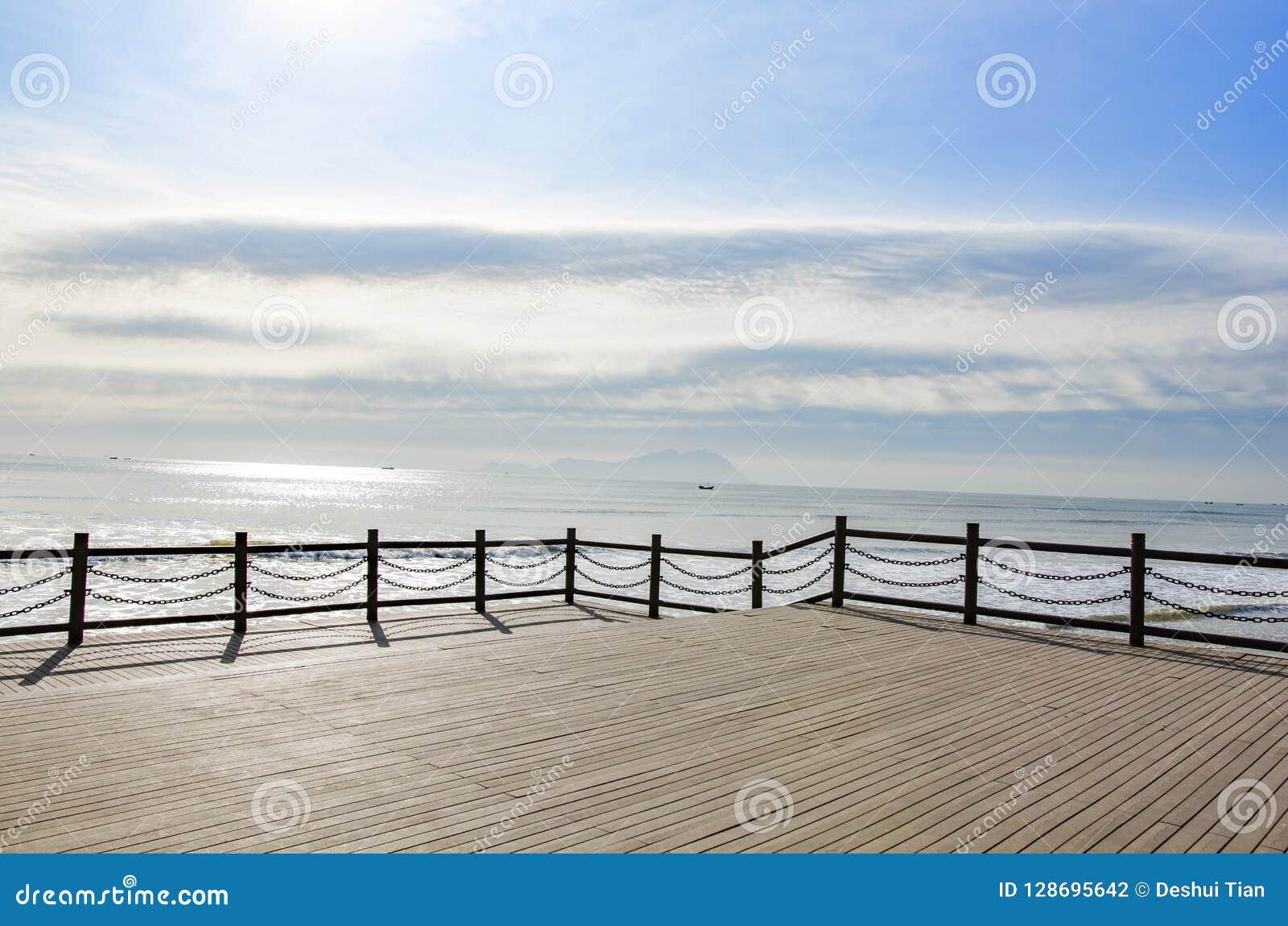 Een recreatief gebied door het overzees