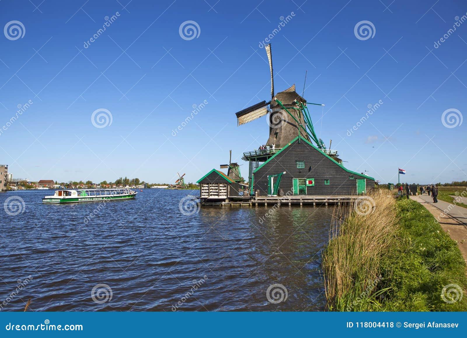 Een schilderachtig etnografisch dorp Zanes-Schans nederland