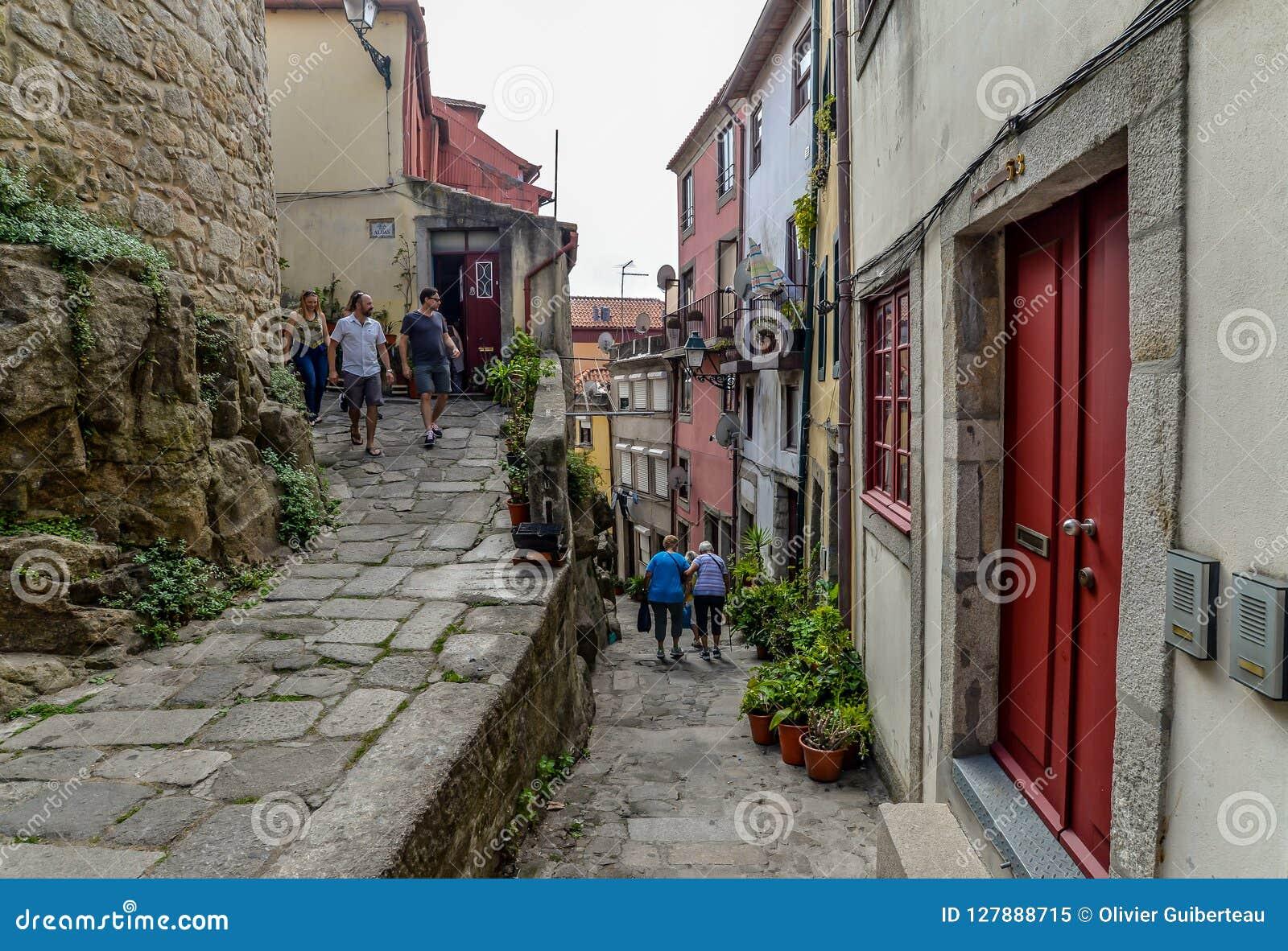 Een straat in Porto - Portugal