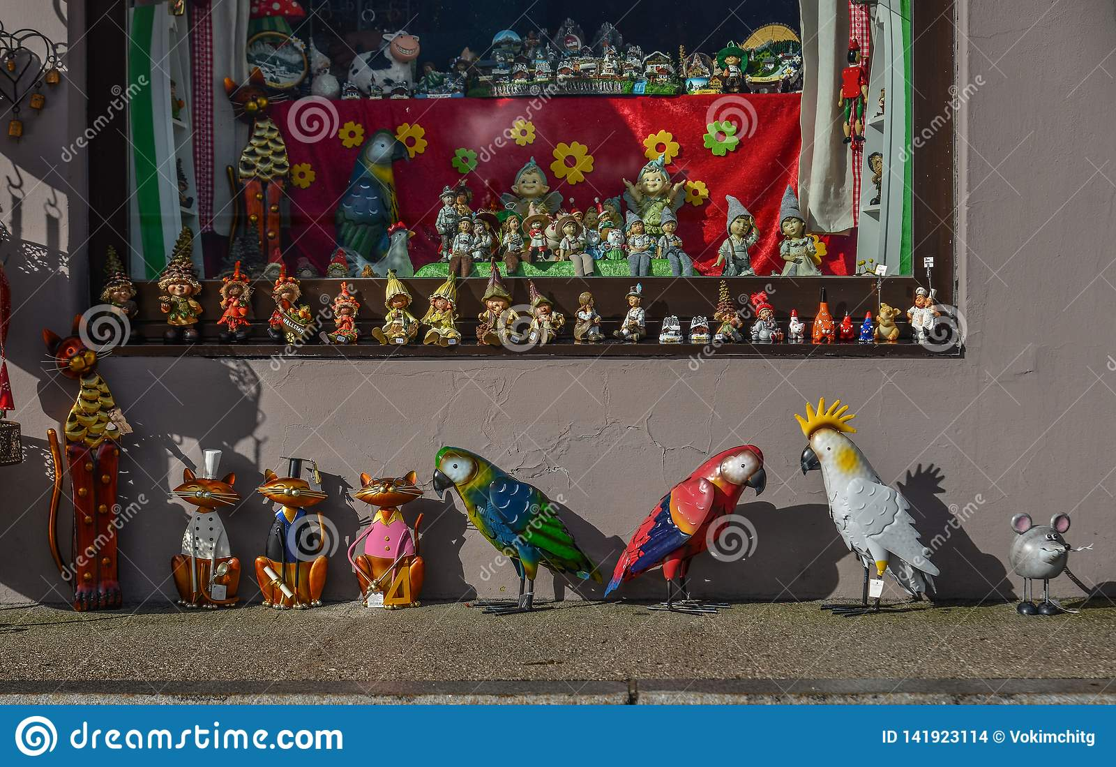 Een stuk speelgoed winkel in Hallstatt-Dorp van Oostenrijk