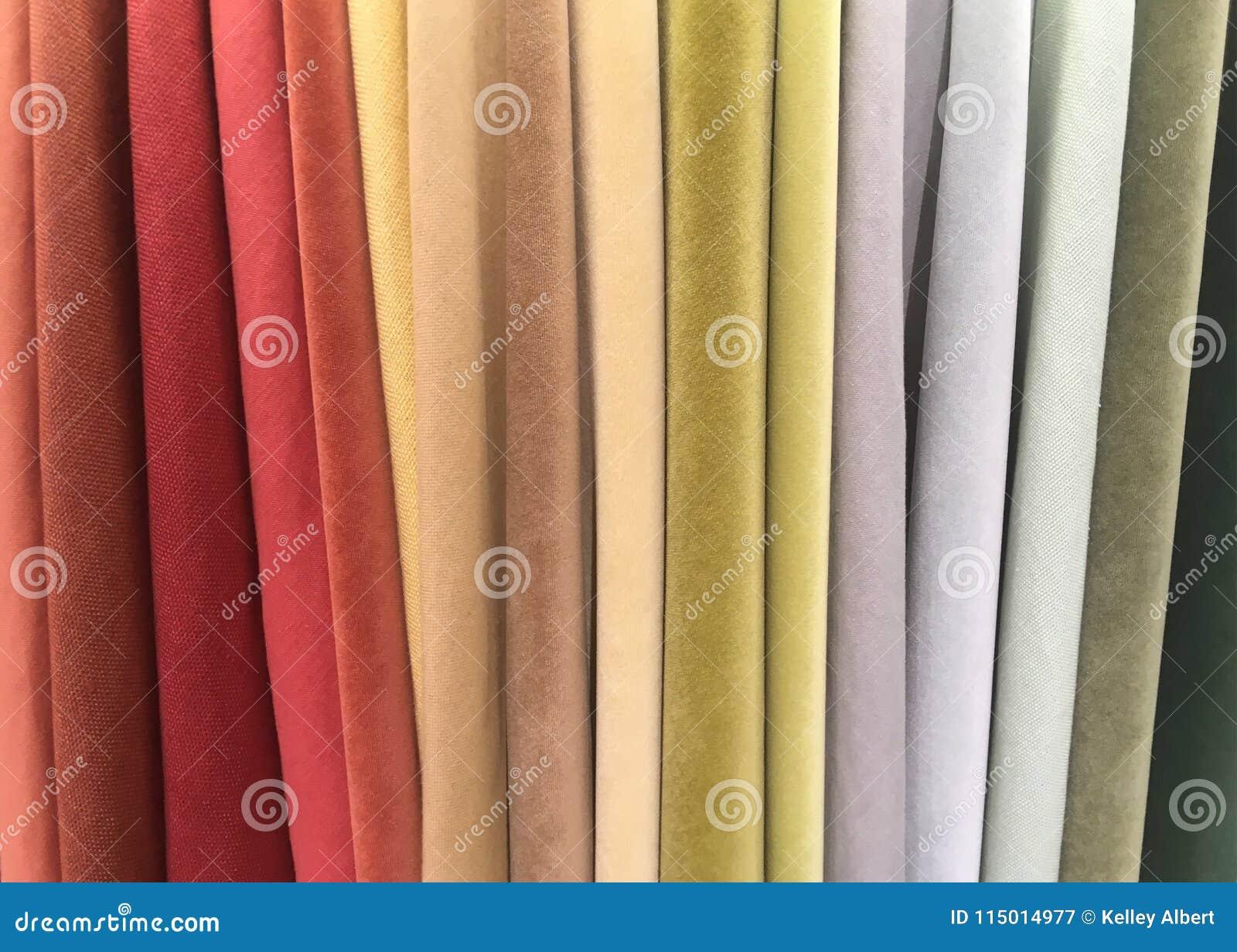 Een verscheidenheid van Kleurrijke Suèdestoffen