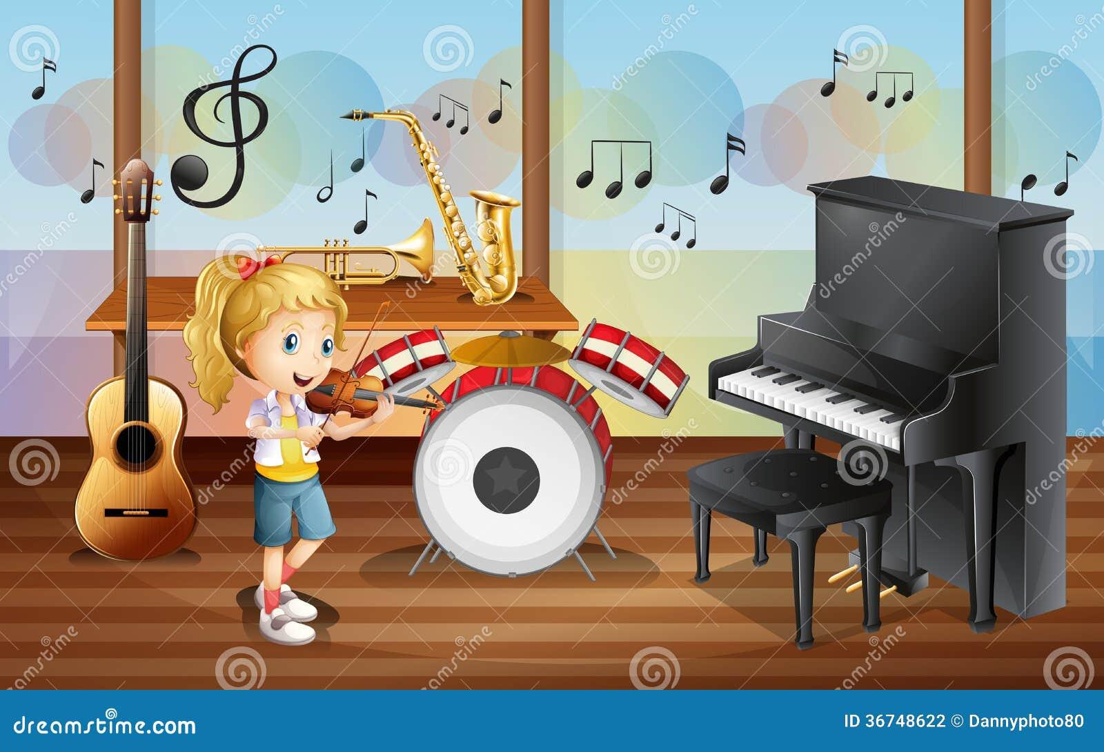 Een vrouwelijke musicus binnen de ruimte met muzikale instrumenten