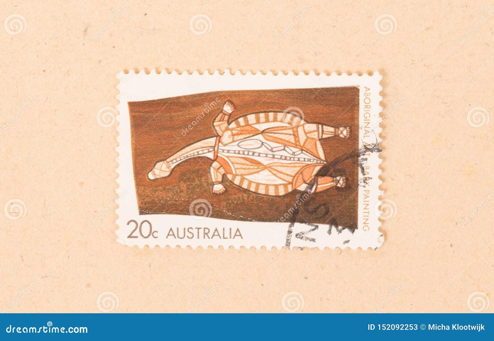Een zegel in Australië wordt gedrukt toont het oude inheemse schilderen, circa 1980 die