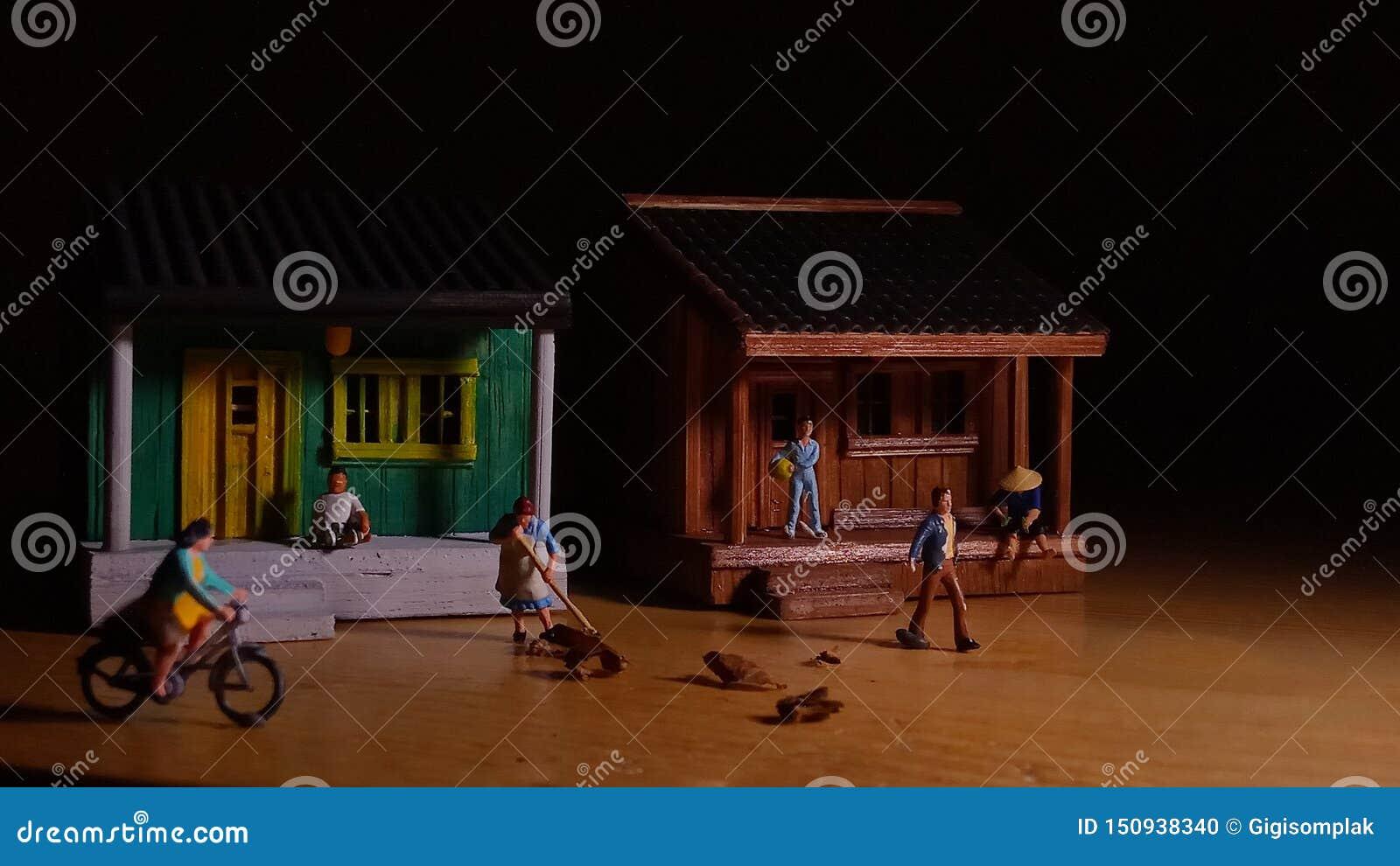 Eenvoudige Foto Conceptueel, Village People-begin aan het doen van activiteit in de zeer vroege ochtend