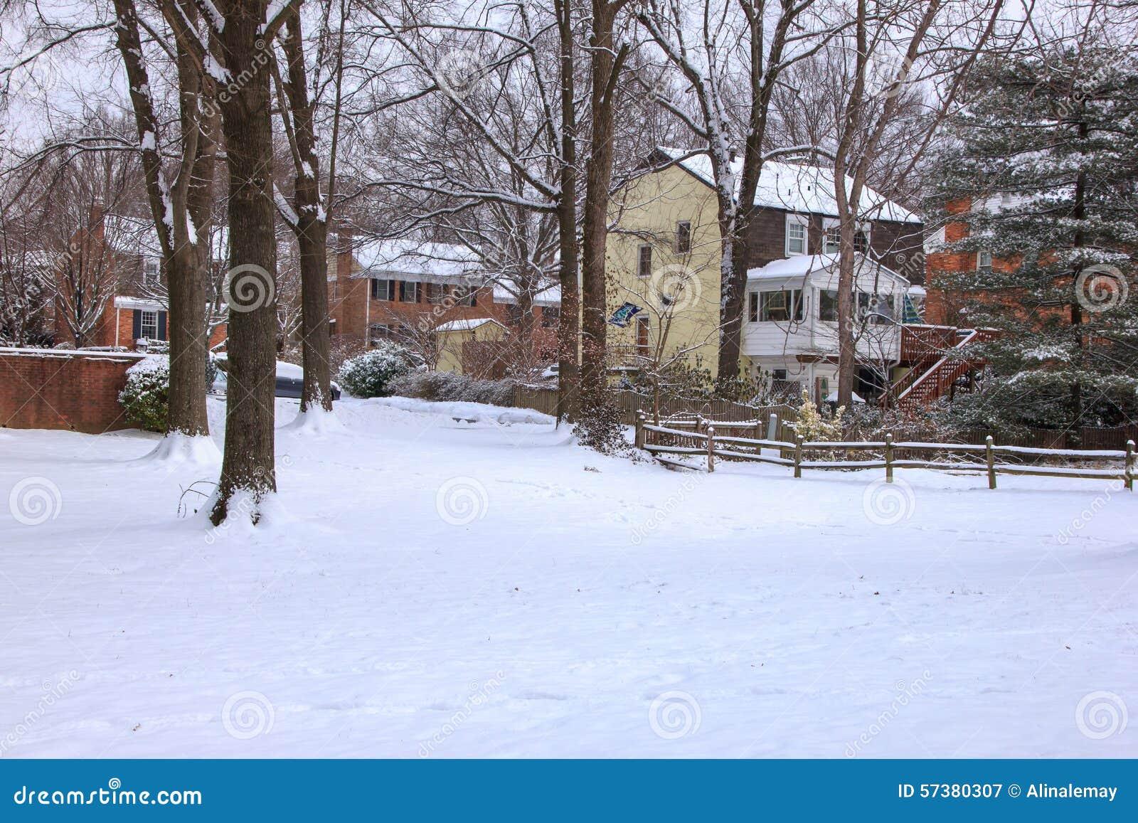 Eerste sneeuw in McLean Virginia
