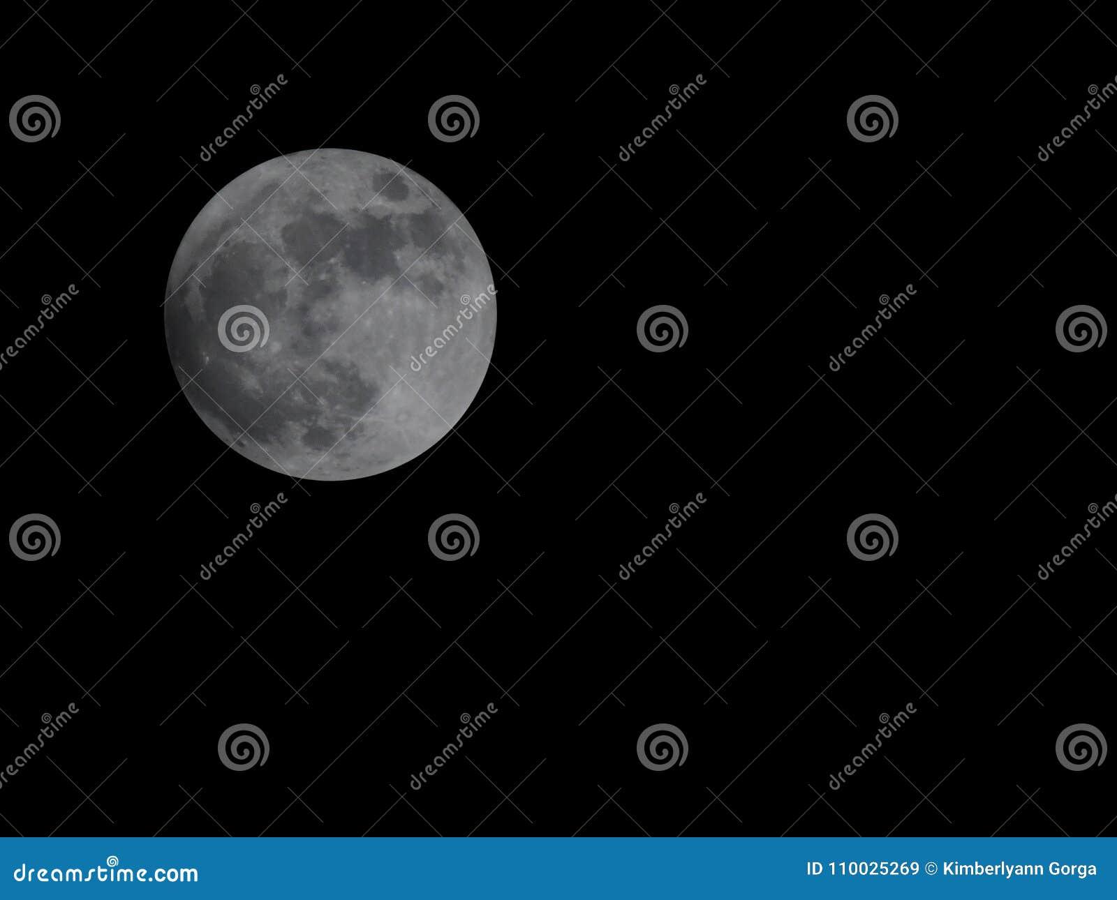 Eerste Wolf Moon van 2018