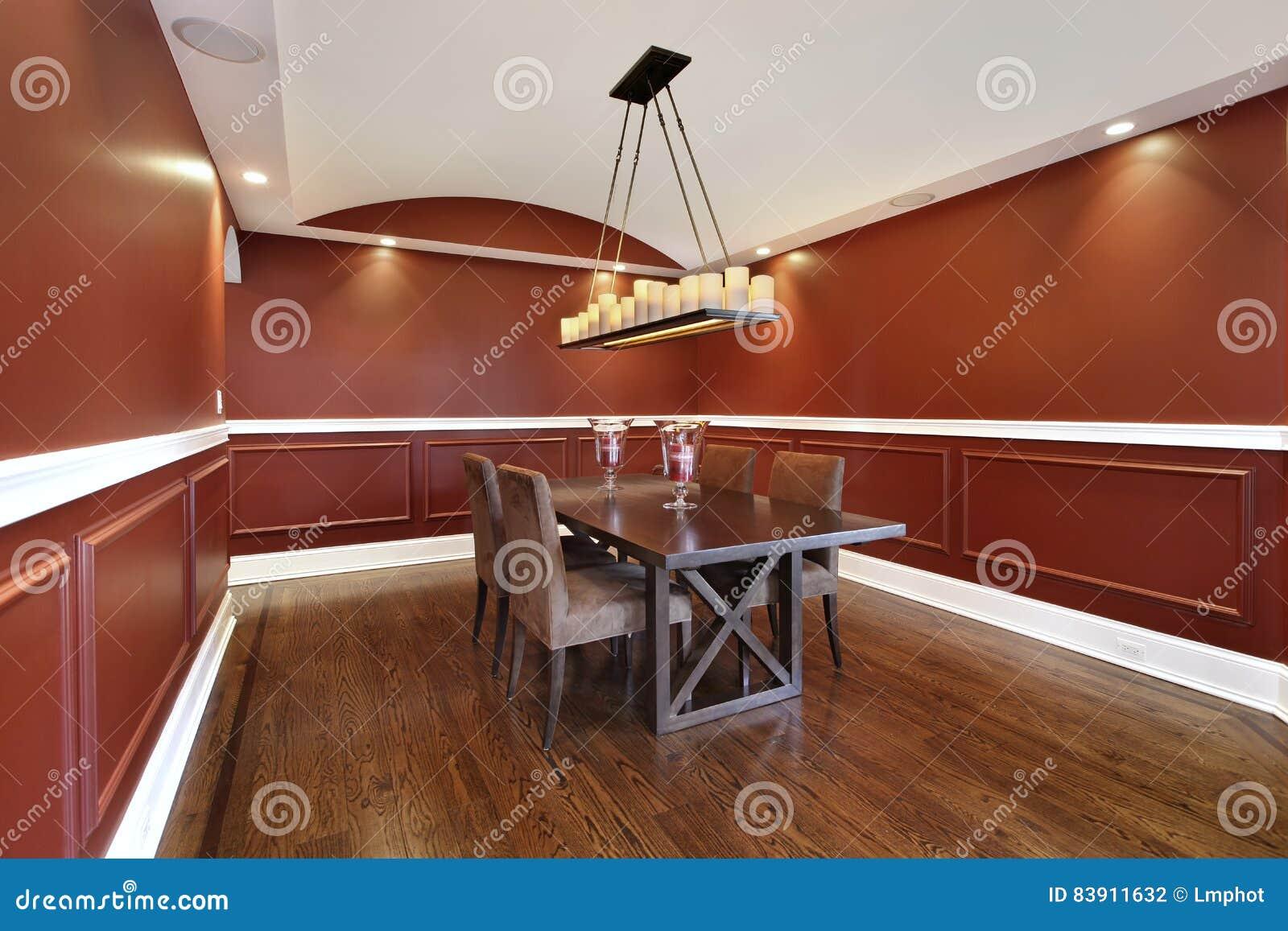 Eetkamer Van Oranje : Eetkamer met oranje muren stock foto afbeelding bestaande uit