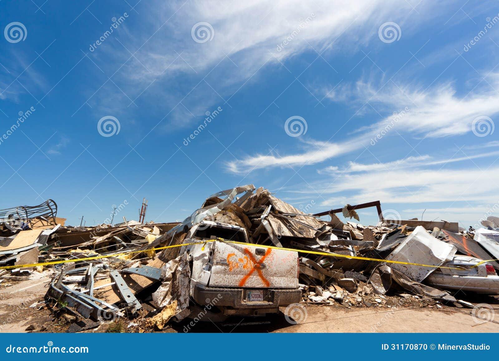 ef5 tornado in moore oklahoma editorial image image of calamity