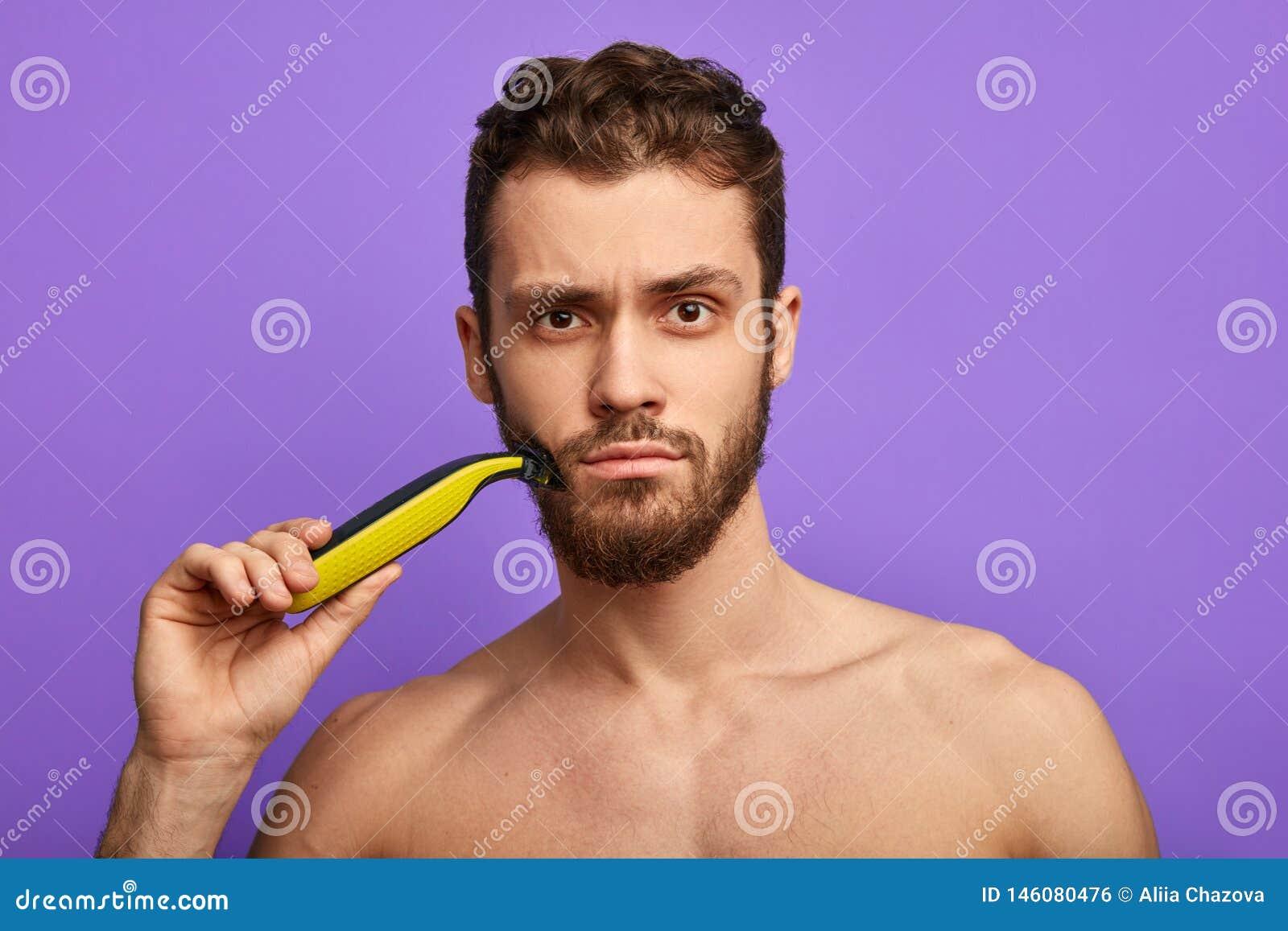Effective shaving tool for men.