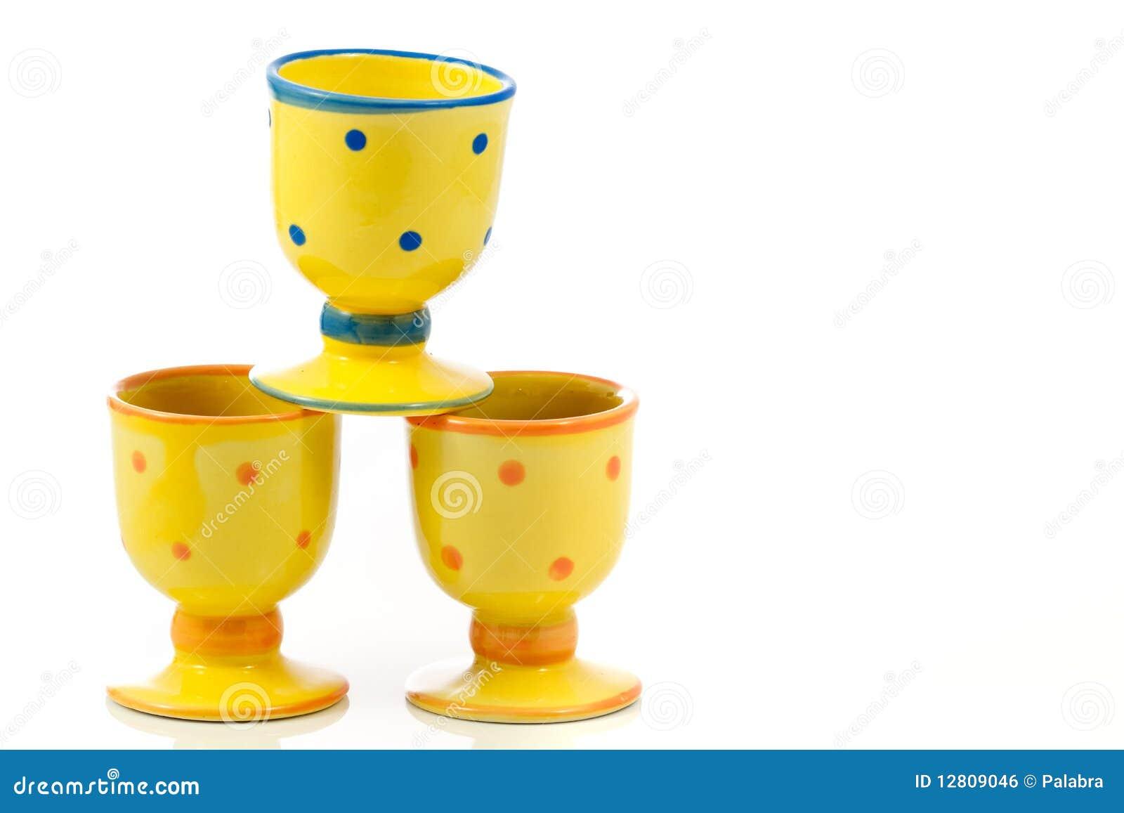 Egg-cups cerâmicos pontilhados amarelo