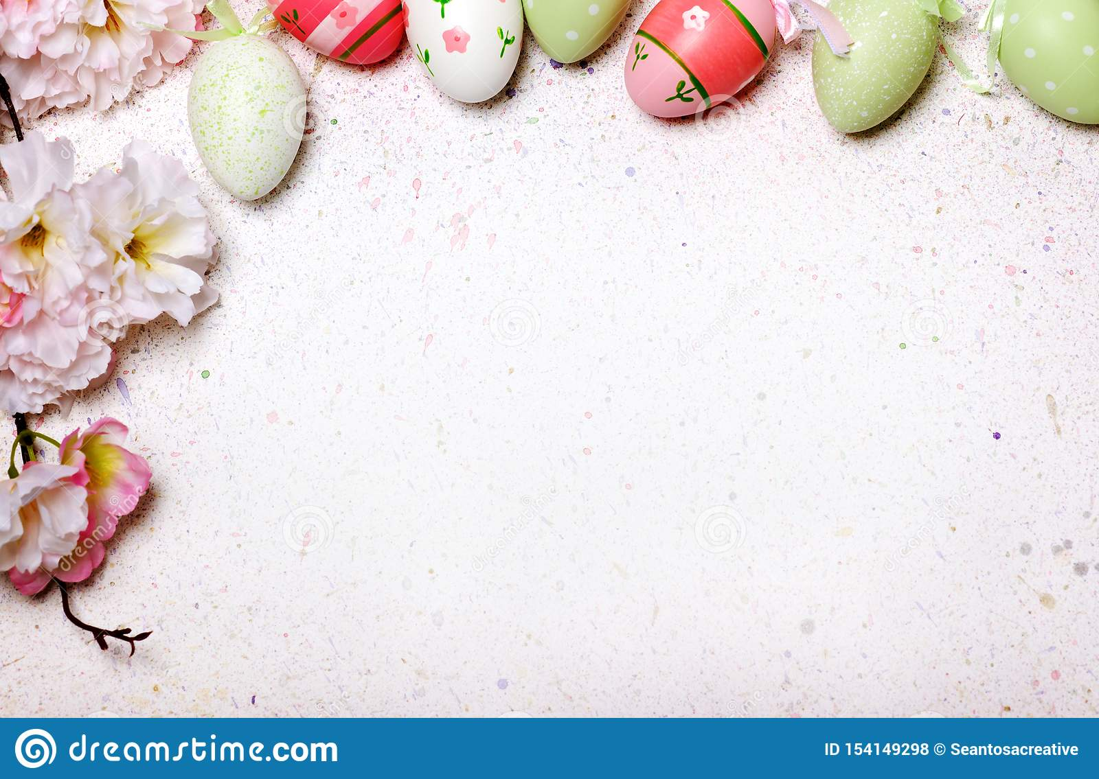 Easter egg cute and flowers background