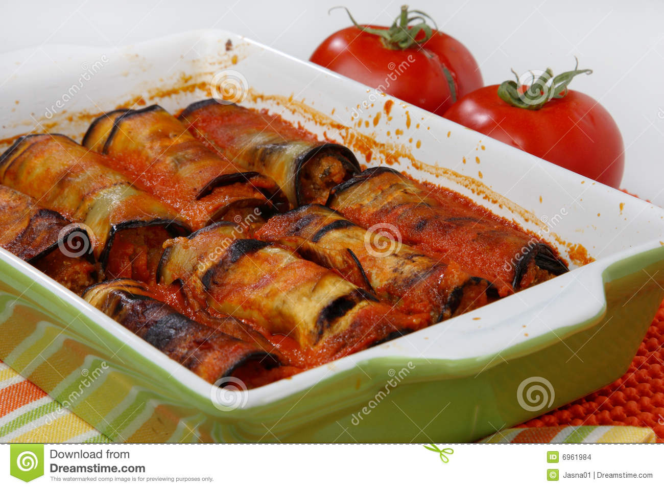 Eggplant rolls filled with meat