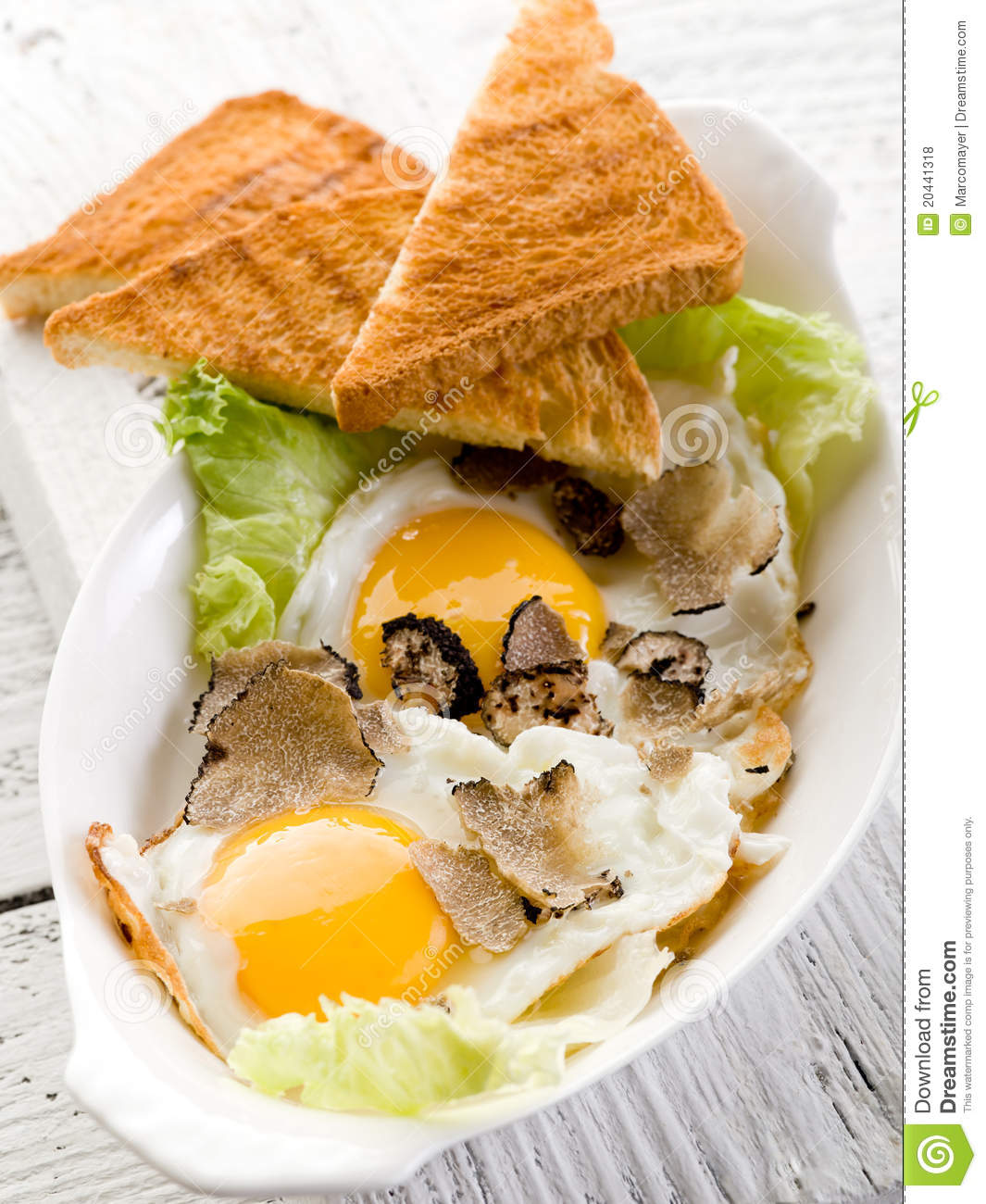 Eggs with truffle