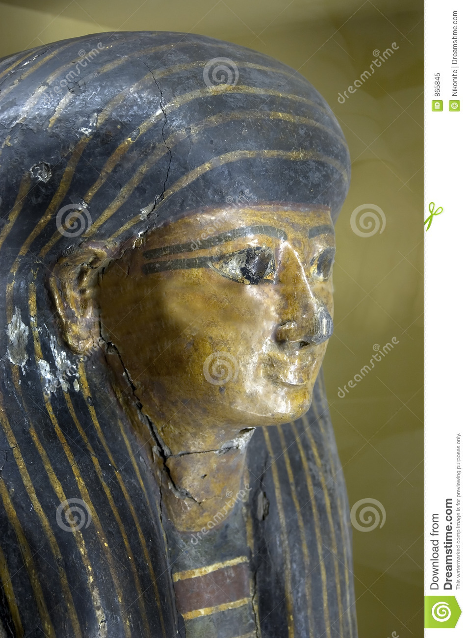 What Is Gold Used For >> Egyptian Sarcophagus Head Editorial Image - Image: 865845