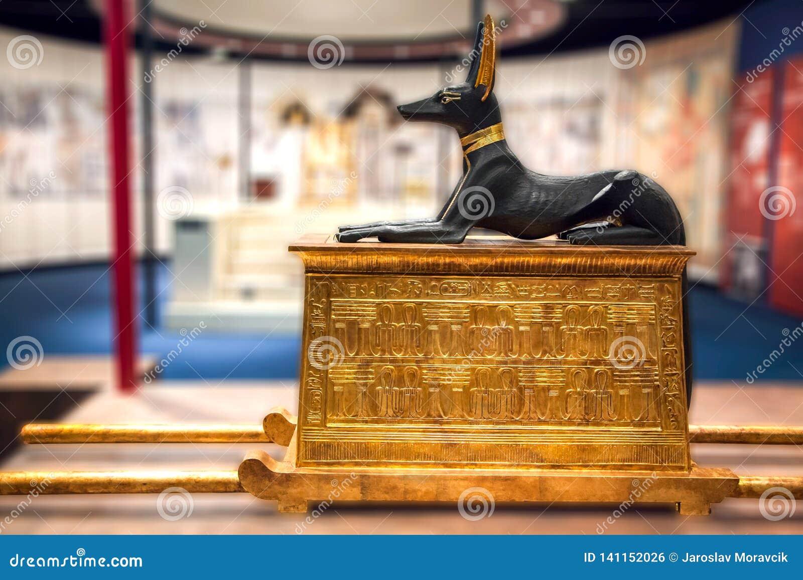 Egyptisch Anubis-beeldhouwwerk