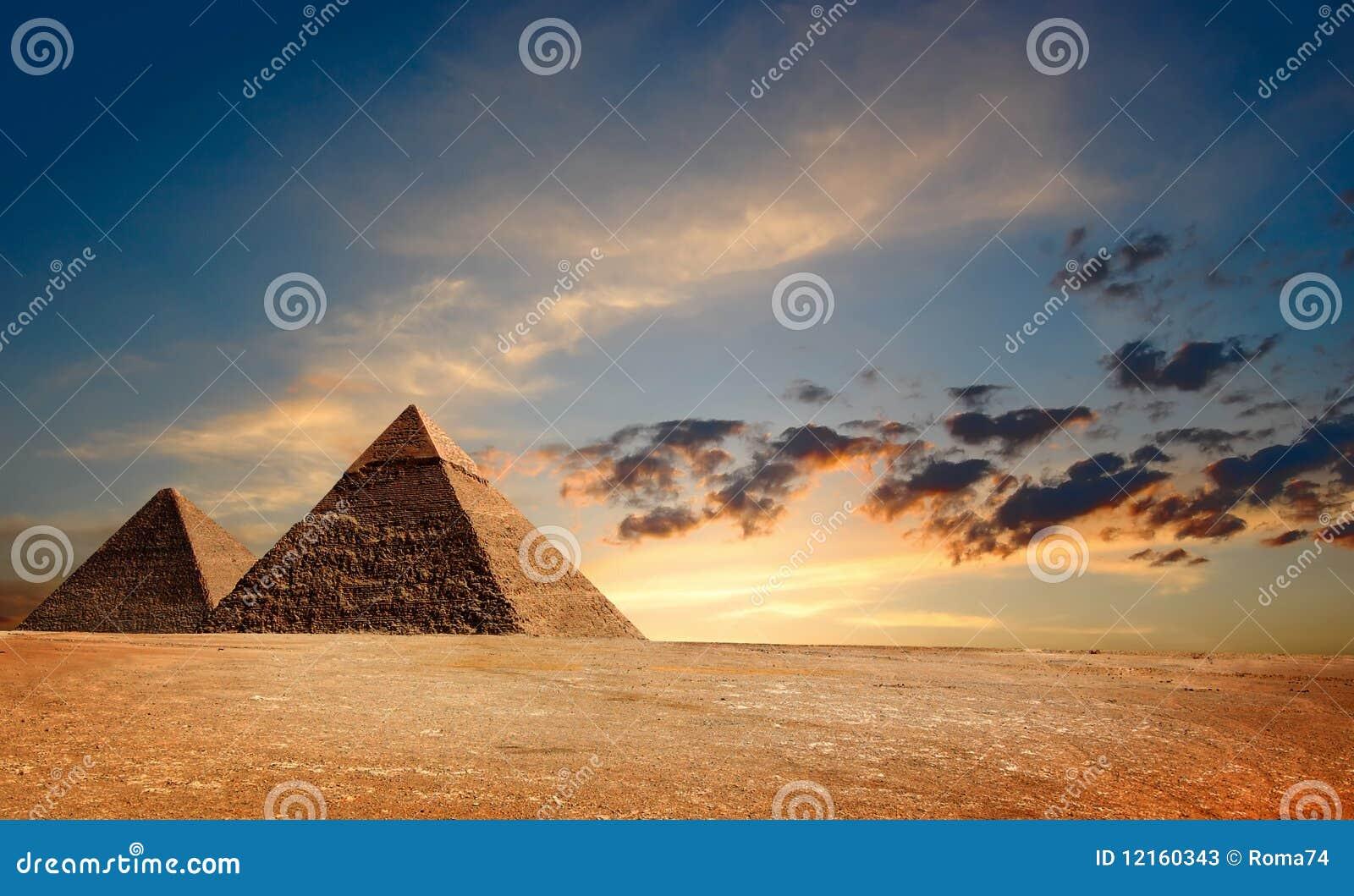 Egyptiska pyramyds