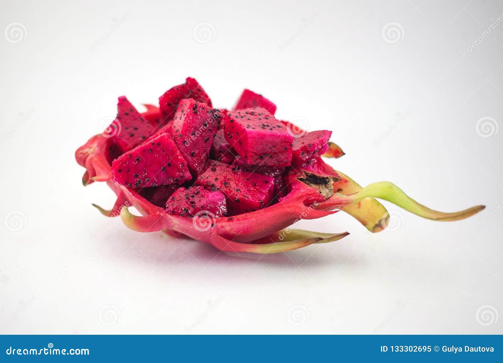 Egzotyczna dojrzała różowa Pitaya lub smoka owoc Czerwony Pitahaya tropikalny f