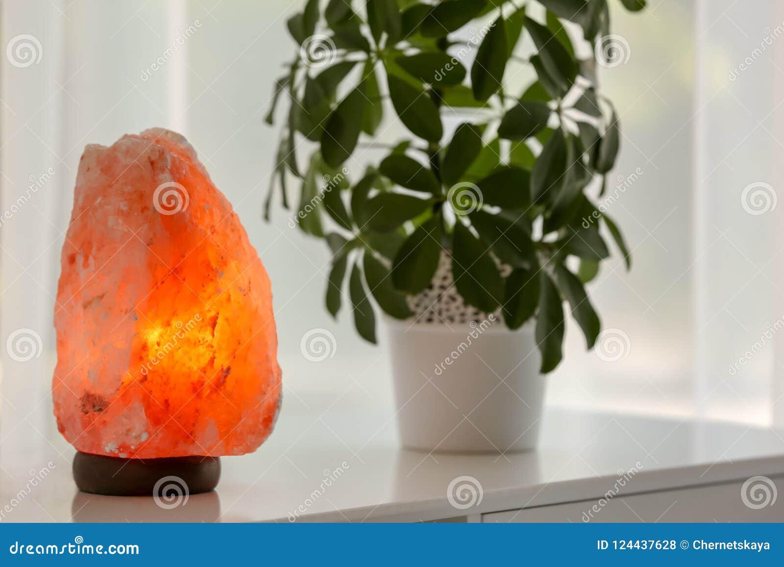 Egzotyczna Himalajska solankowa lampa