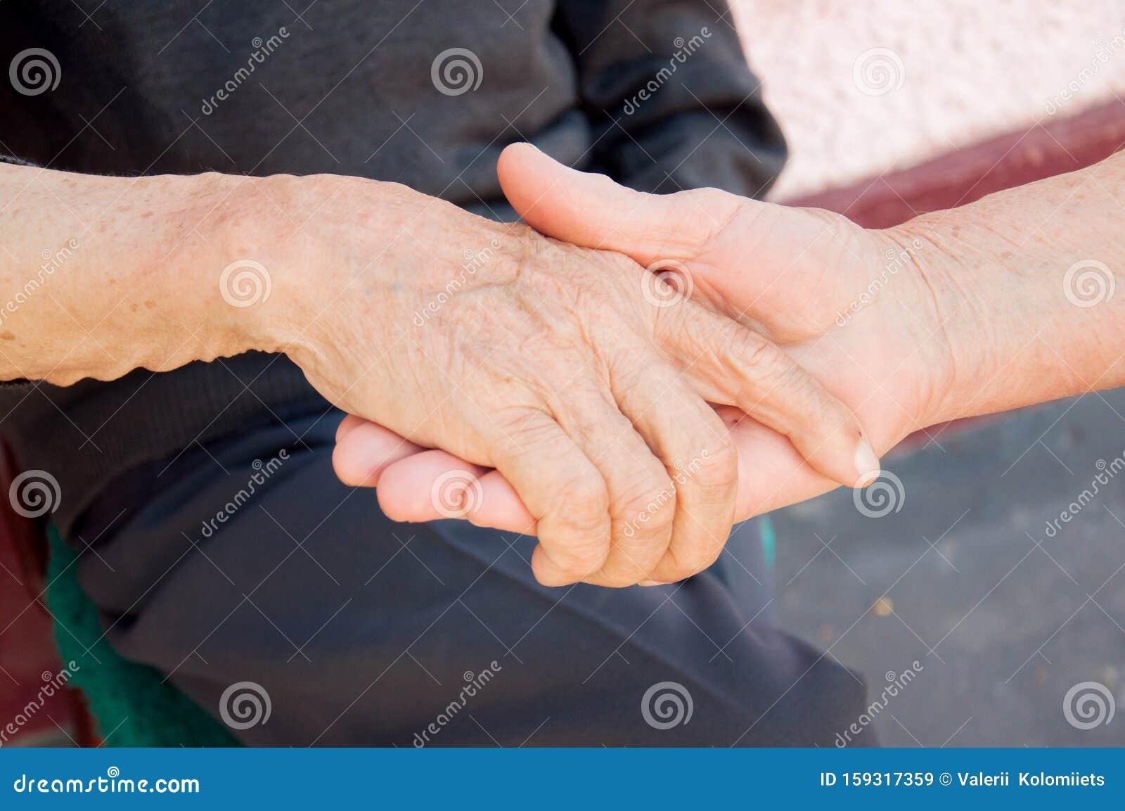Liebe händchen halten Beziehung: Was