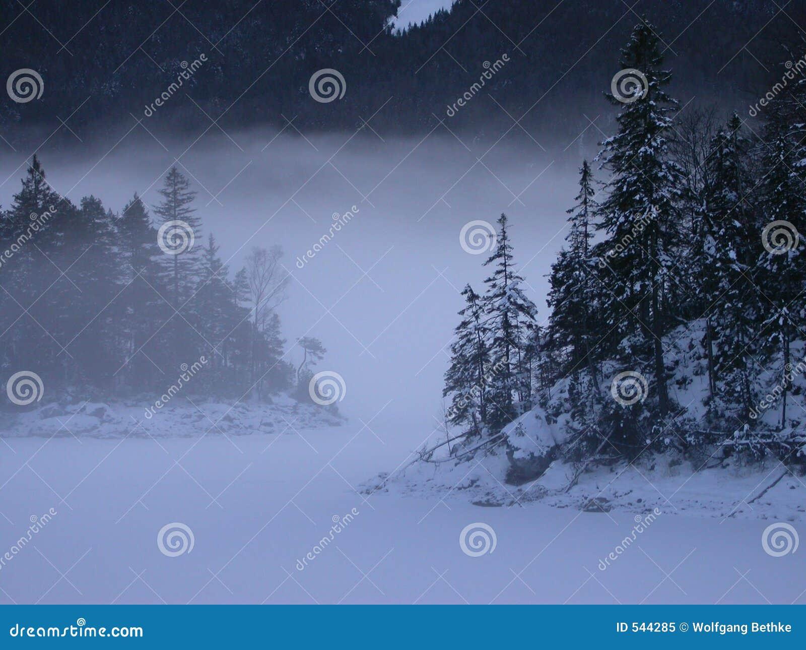 Eibsee no inverno