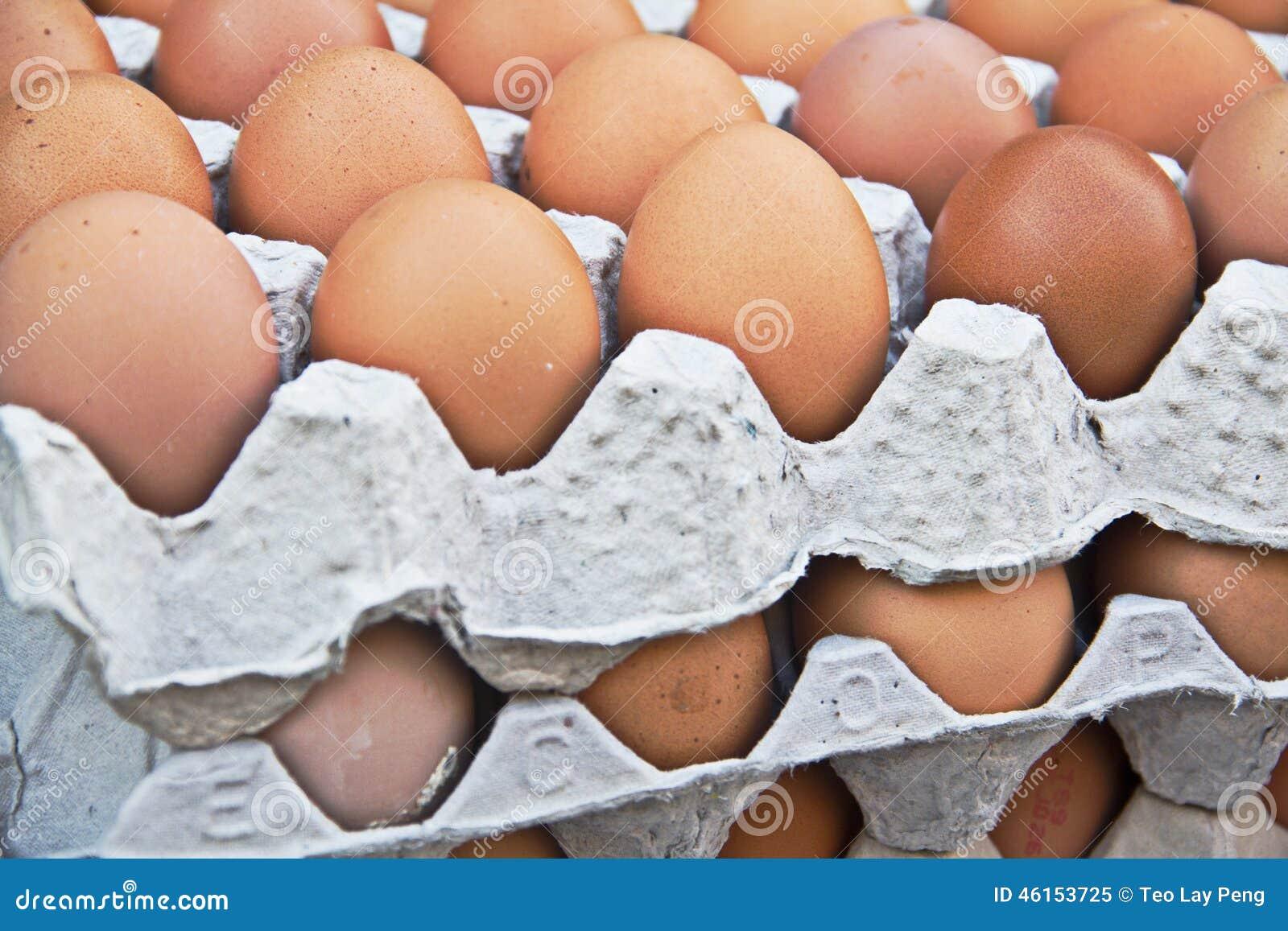 Eieren in dienblad