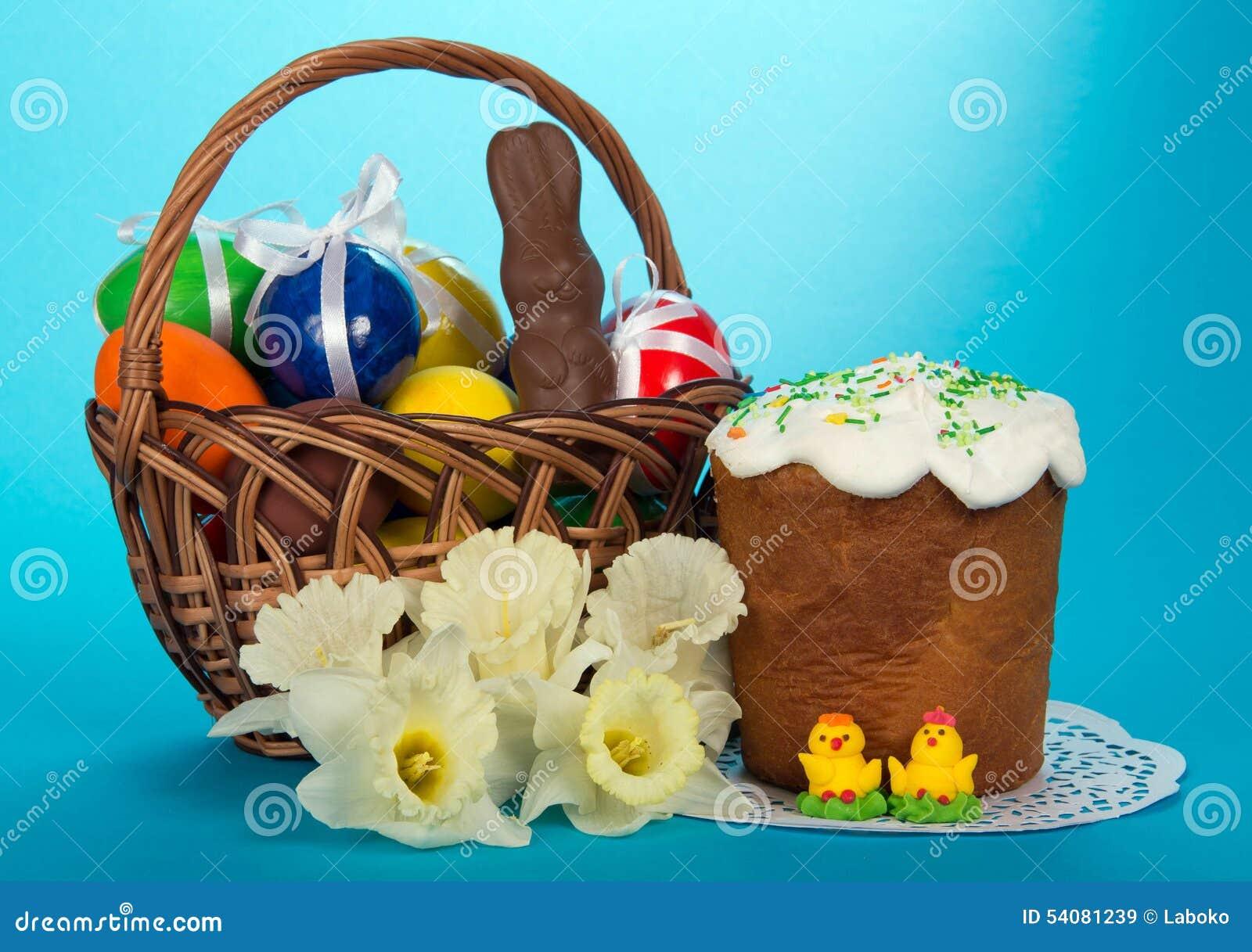 Eieren en een chocoladekonijn