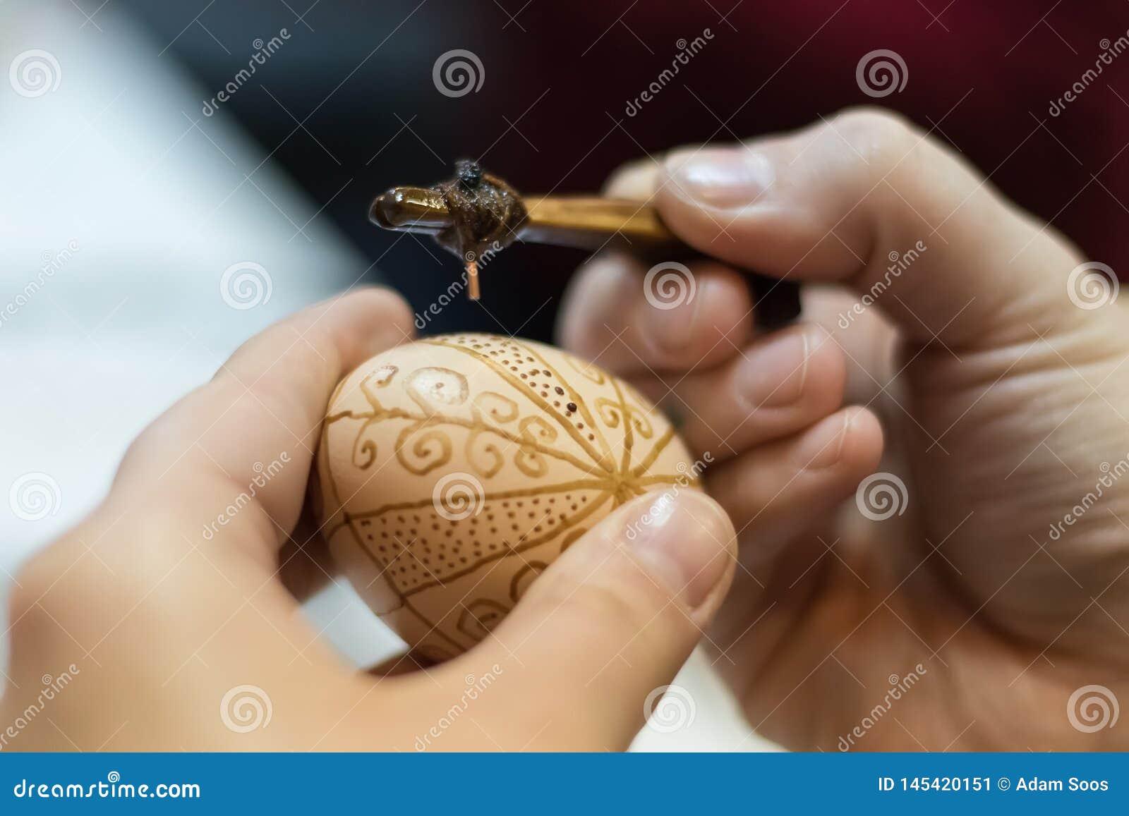 Eieren in het maken