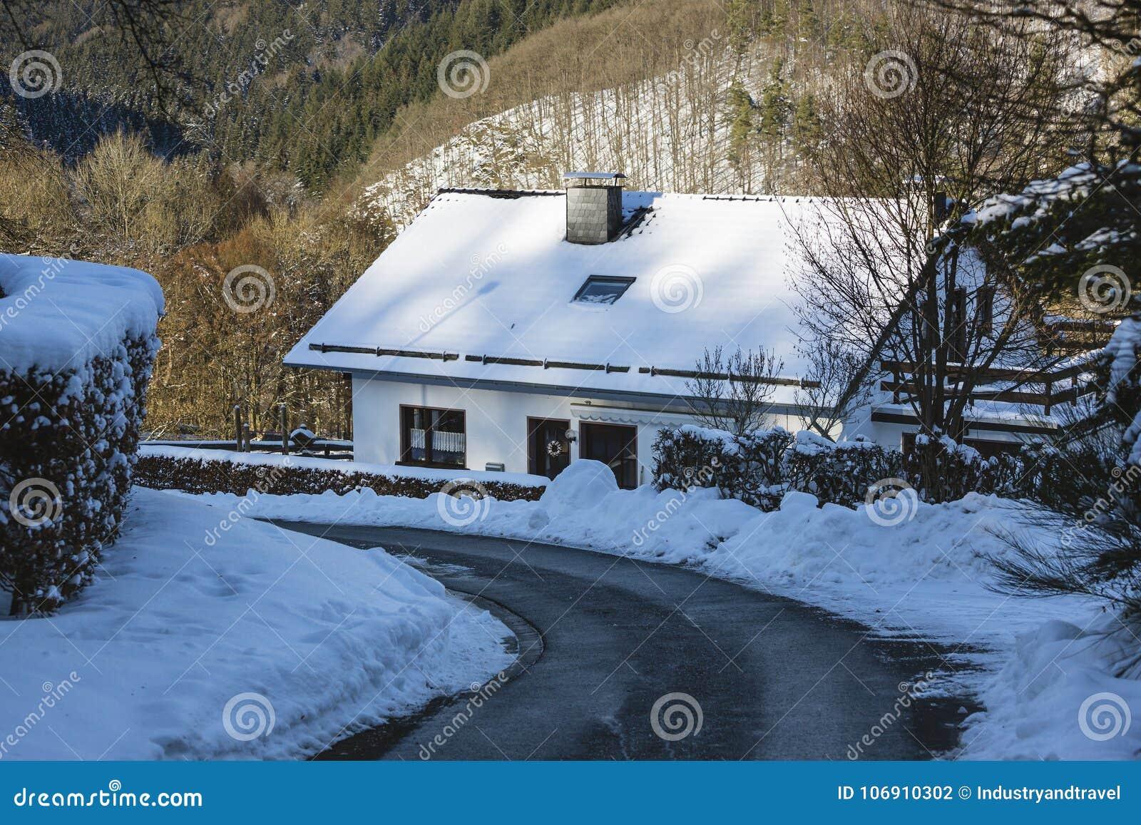 Eifel wioska Widdau W zimie, Niemcy