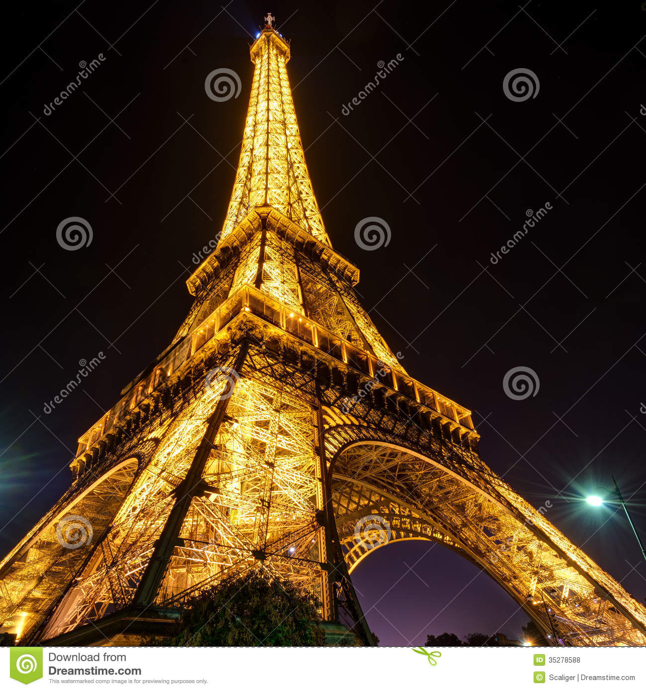 Paris Main Attractions In One Day: The Eiffel Tower At Night In Paris Editorial Stock Photo