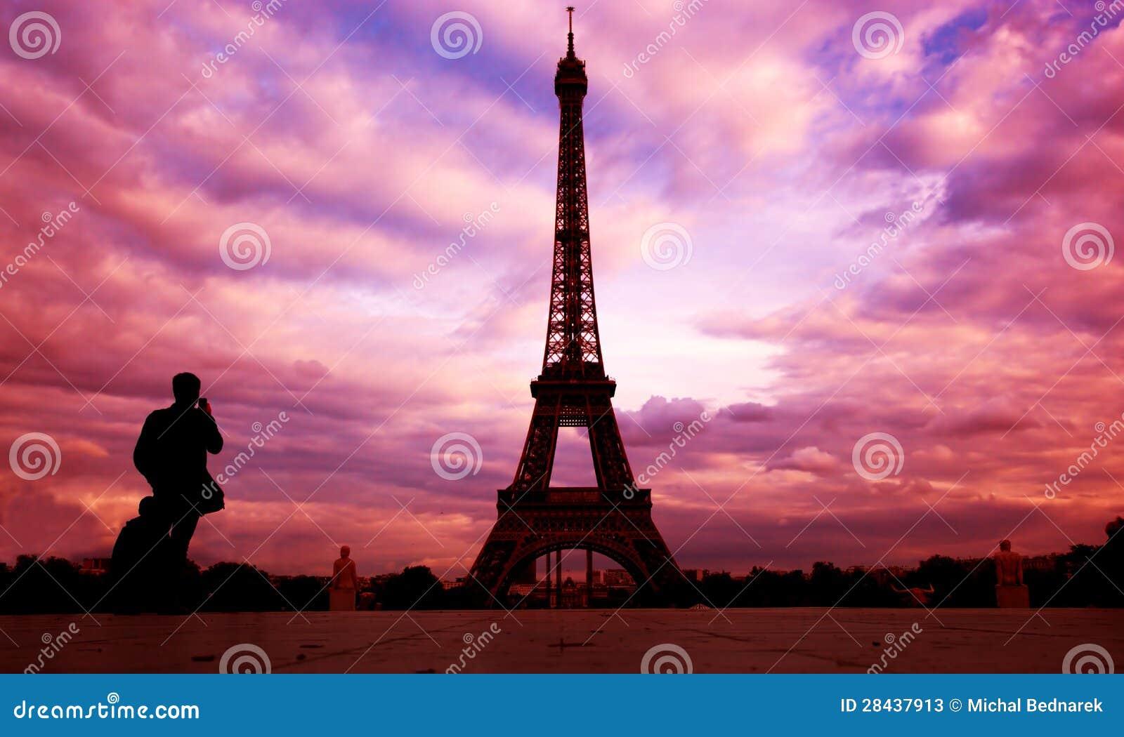 Eiffel tower paris fance at sunset stock photos image 28437913 - Landscaping parijs ...