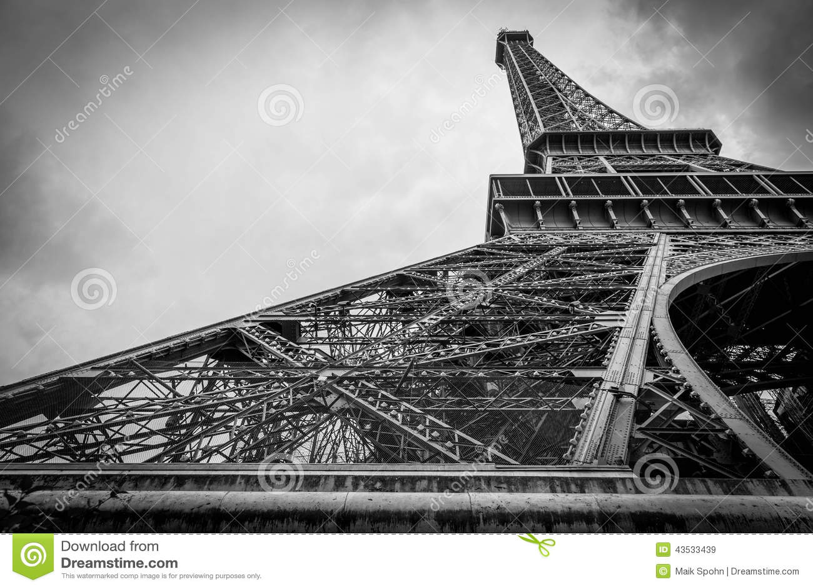 Eiffel Tower in Paris II
