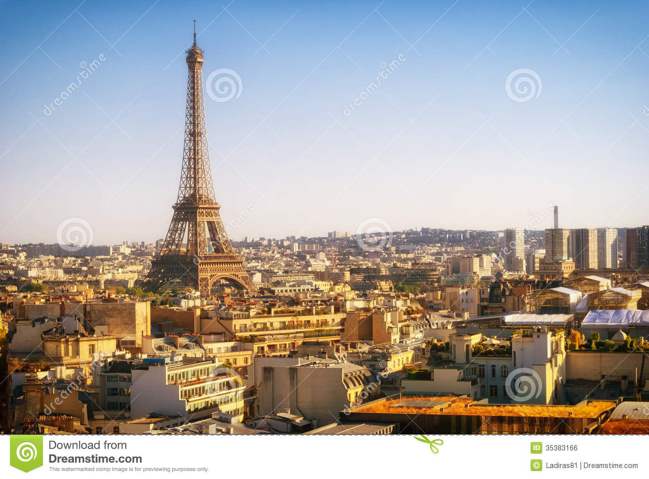 Eiffel tower paris panoramic view from triumphal arch for Photo de paris