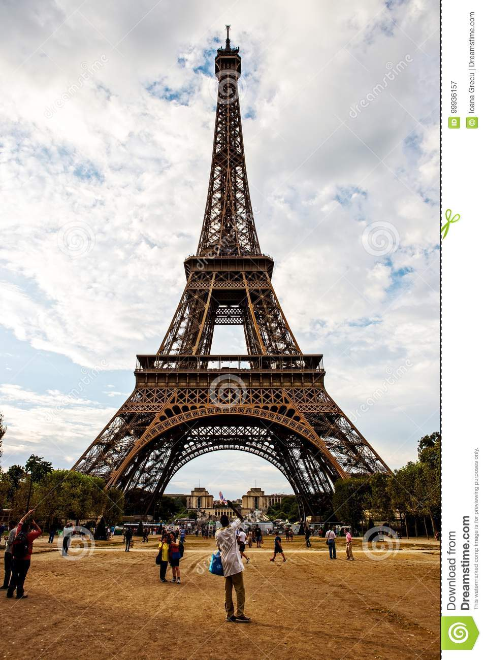 the eiffel tower structure paris editorial photography image of building construction 99936157. Black Bedroom Furniture Sets. Home Design Ideas